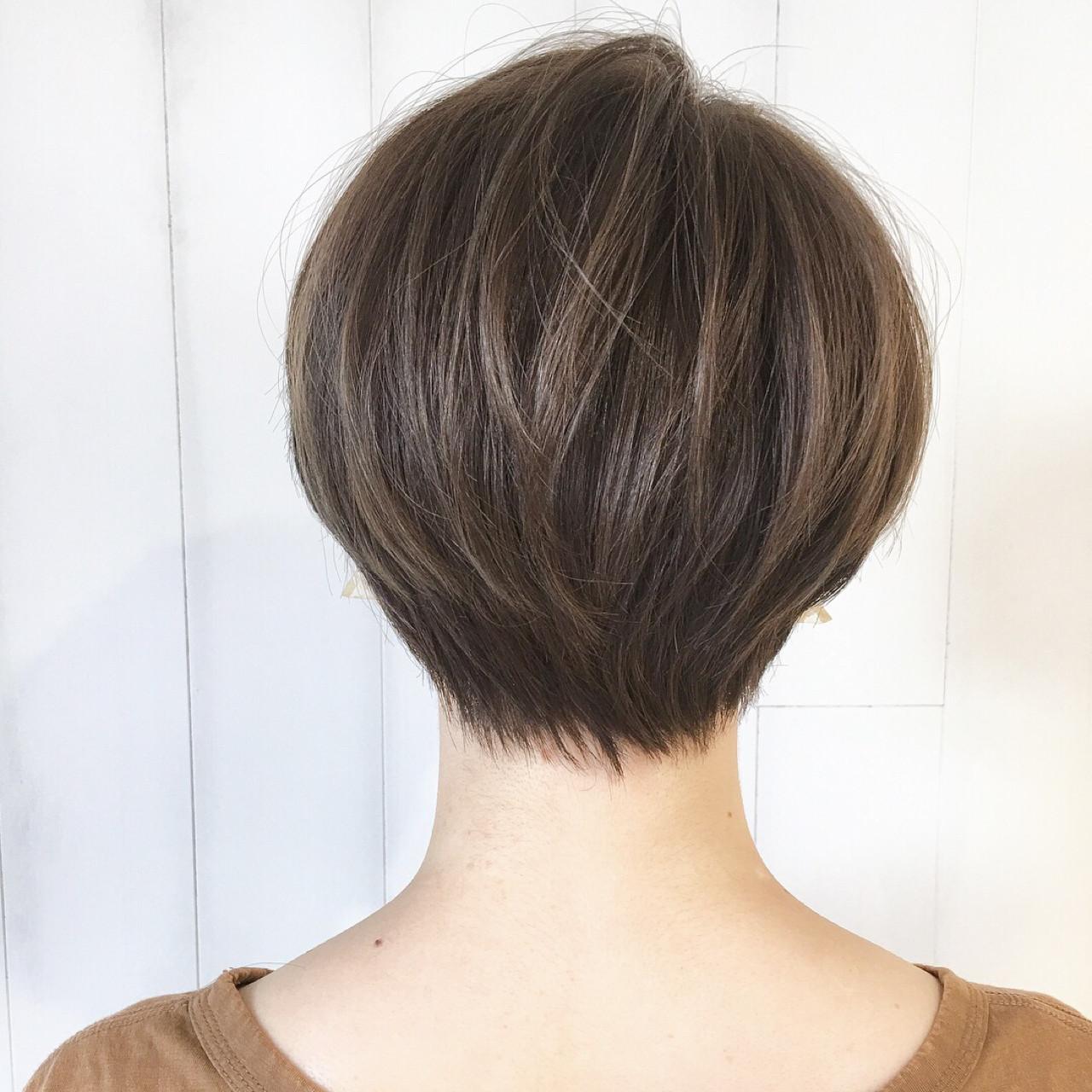 ウェーブ 色気 抜け感 大人かわいい ヘアスタイルや髪型の写真・画像