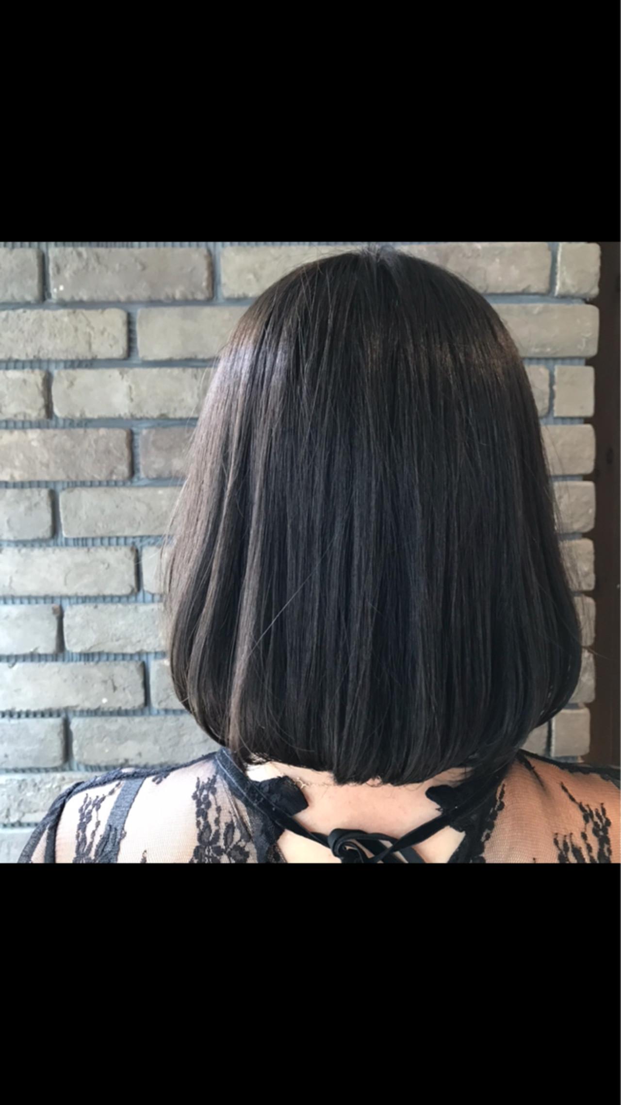 グレージュ 抜け感 透明感 ショート ヘアスタイルや髪型の写真・画像 | 谷川 健太 / ROVERSI