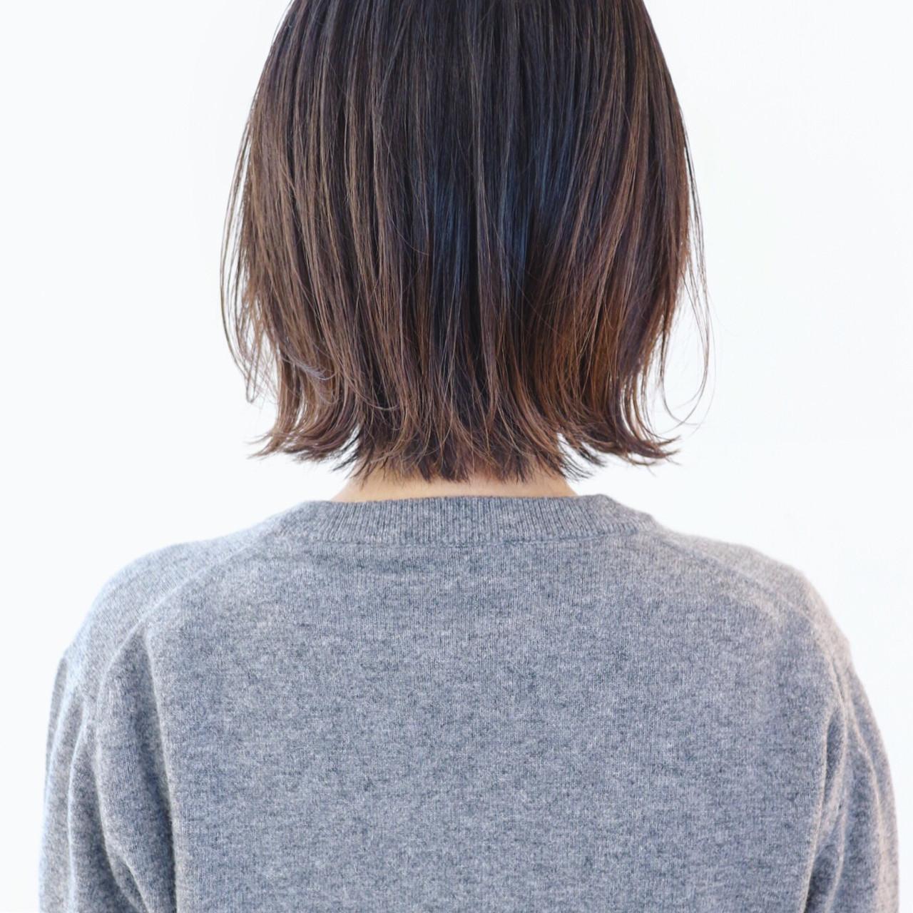 ハイライト グレージュ ストリート アンニュイほつれヘア ヘアスタイルや髪型の写真・画像