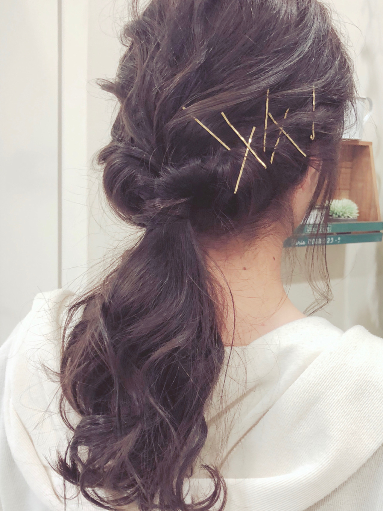 ヘアアレンジ カチューシャ ポニーテール ロング ヘアスタイルや髪型の写真・画像
