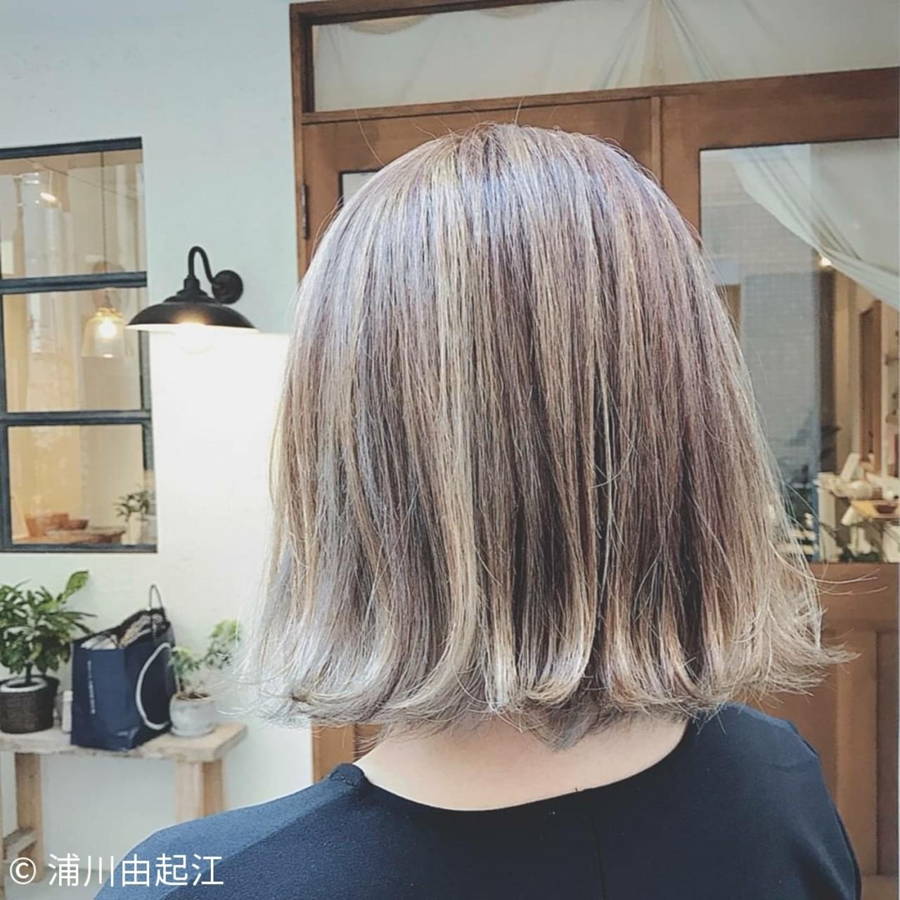 ボブ 切りっぱなしボブ 大人かわいい グラデーションカラー ヘアスタイルや髪型の写真・画像 | 浦川由起江 / nanon
