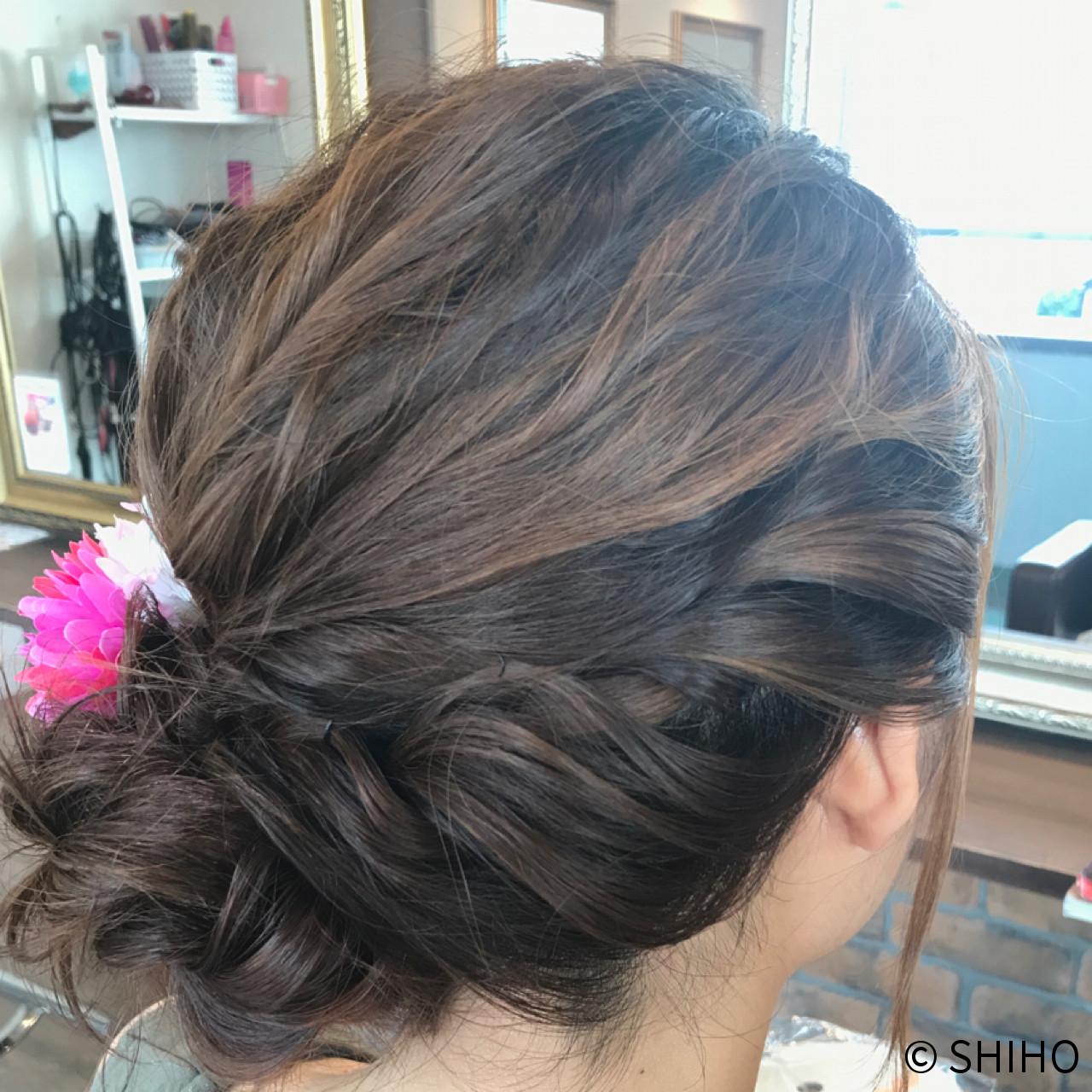 夏 ヘアアレンジ 結婚式 フェミニン ヘアスタイルや髪型の写真・画像   SHIHO / Cecilhair 梅田店