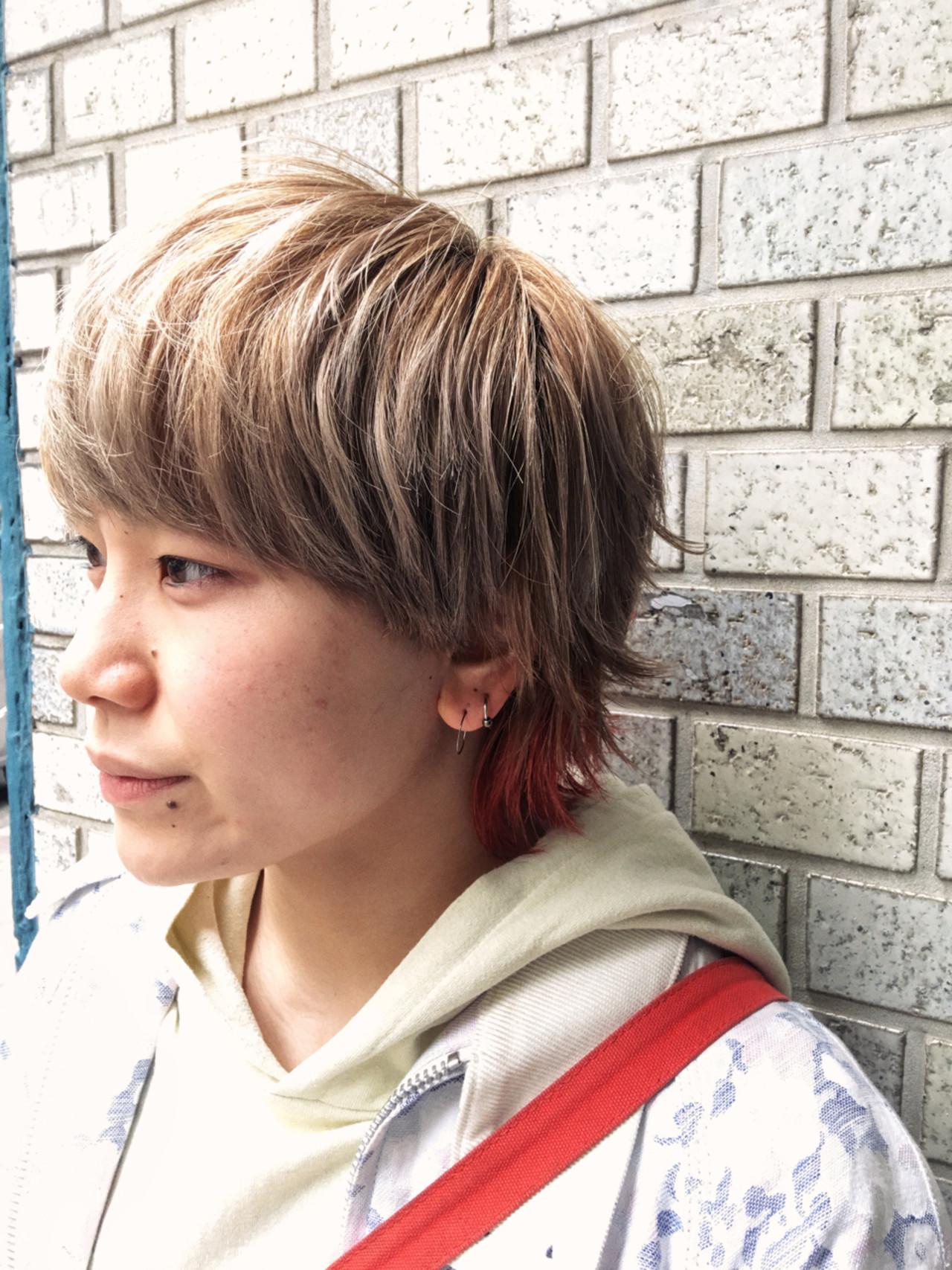 インナーカラー ショート ハイライト ウルフカット ヘアスタイルや髪型の写真・画像