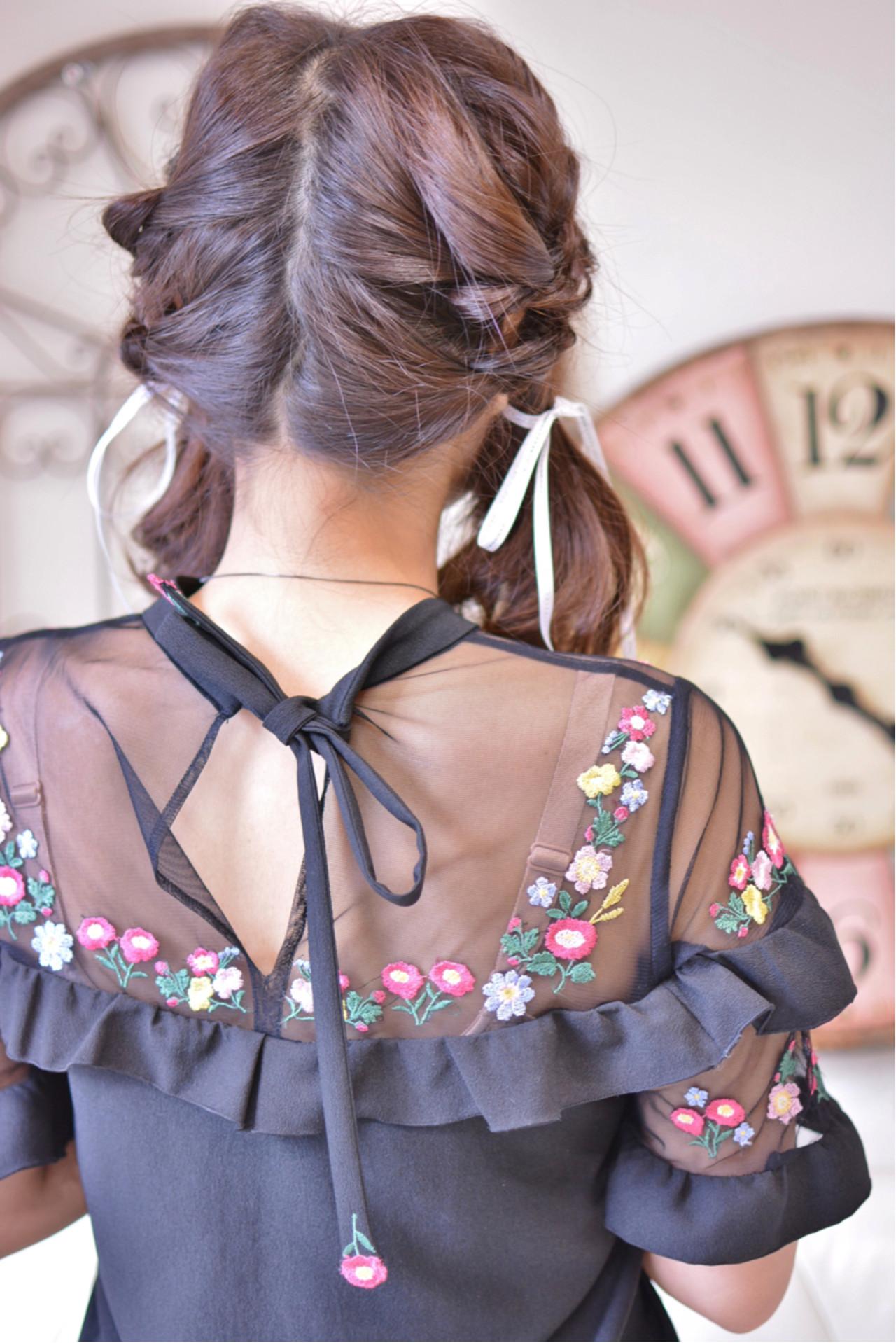 ガーリー ヘアアレンジ ツインテール デート ヘアスタイルや髪型の写真・画像   Shiko Kajihara / メイズ
