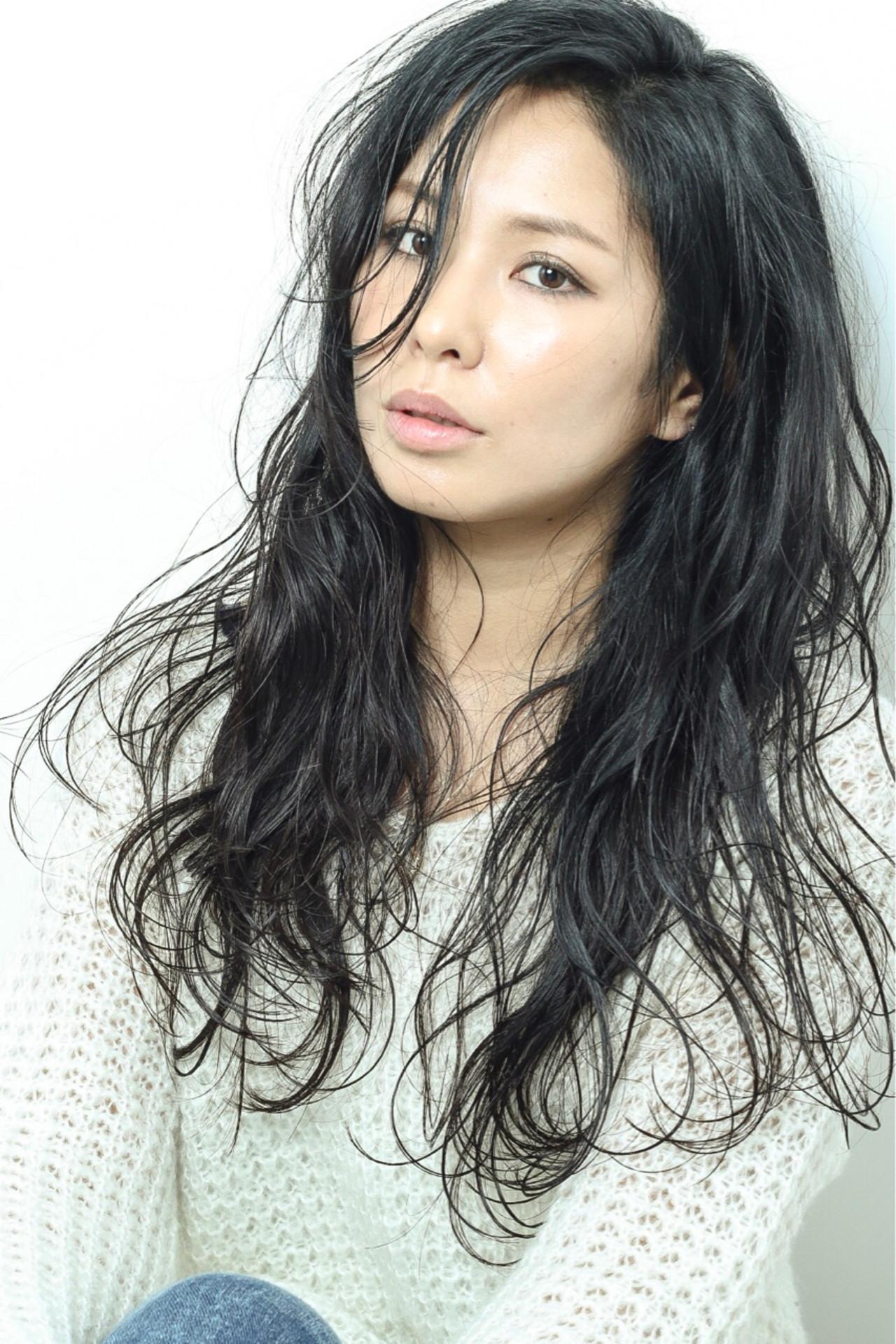 黒髪 大人女子 ボーイッシュ フェミニン ヘアスタイルや髪型の写真・画像
