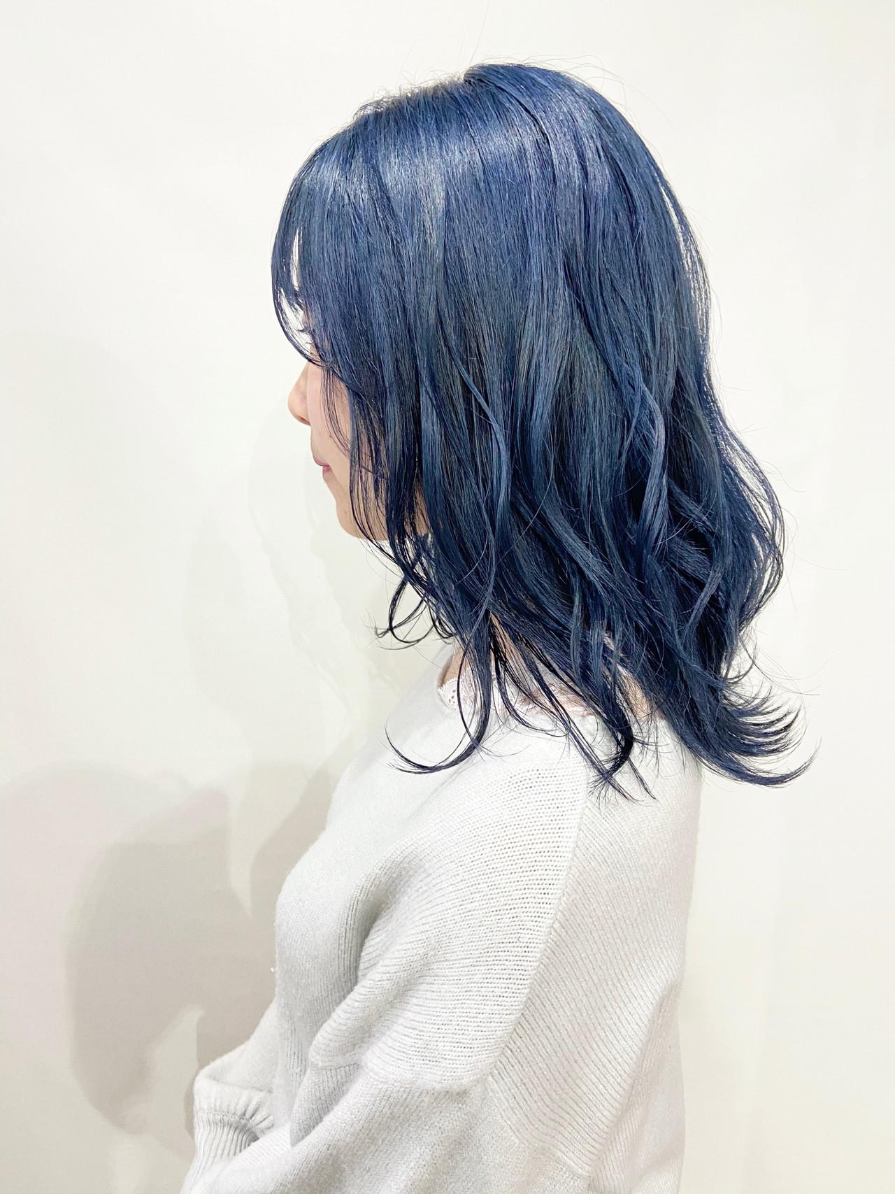 コリアンネイビー ロング ネイビーブルー ストリート ヘアスタイルや髪型の写真・画像