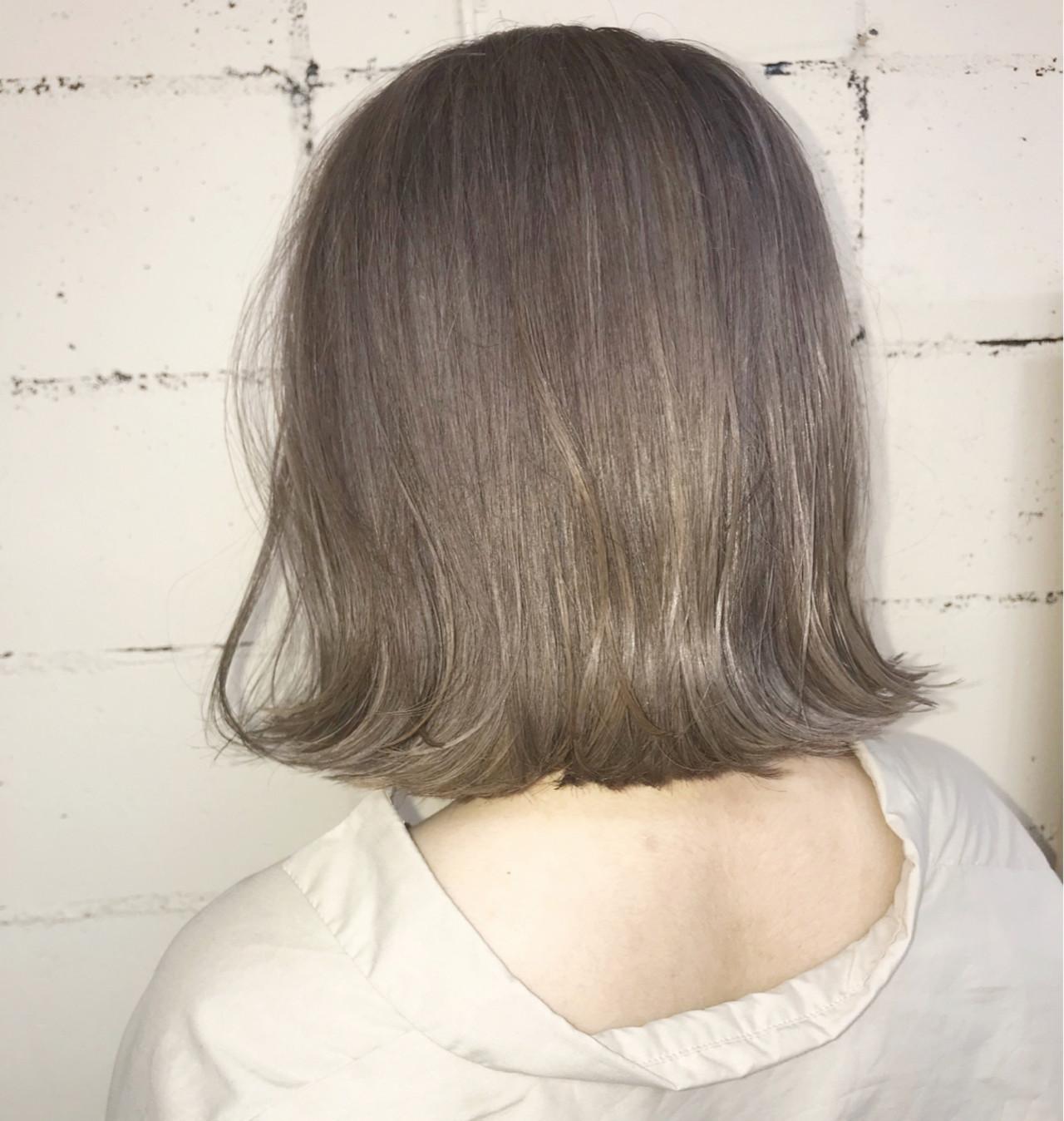 ナチュラル グレーアッシュ 外国人風 ボブ ヘアスタイルや髪型の写真・画像