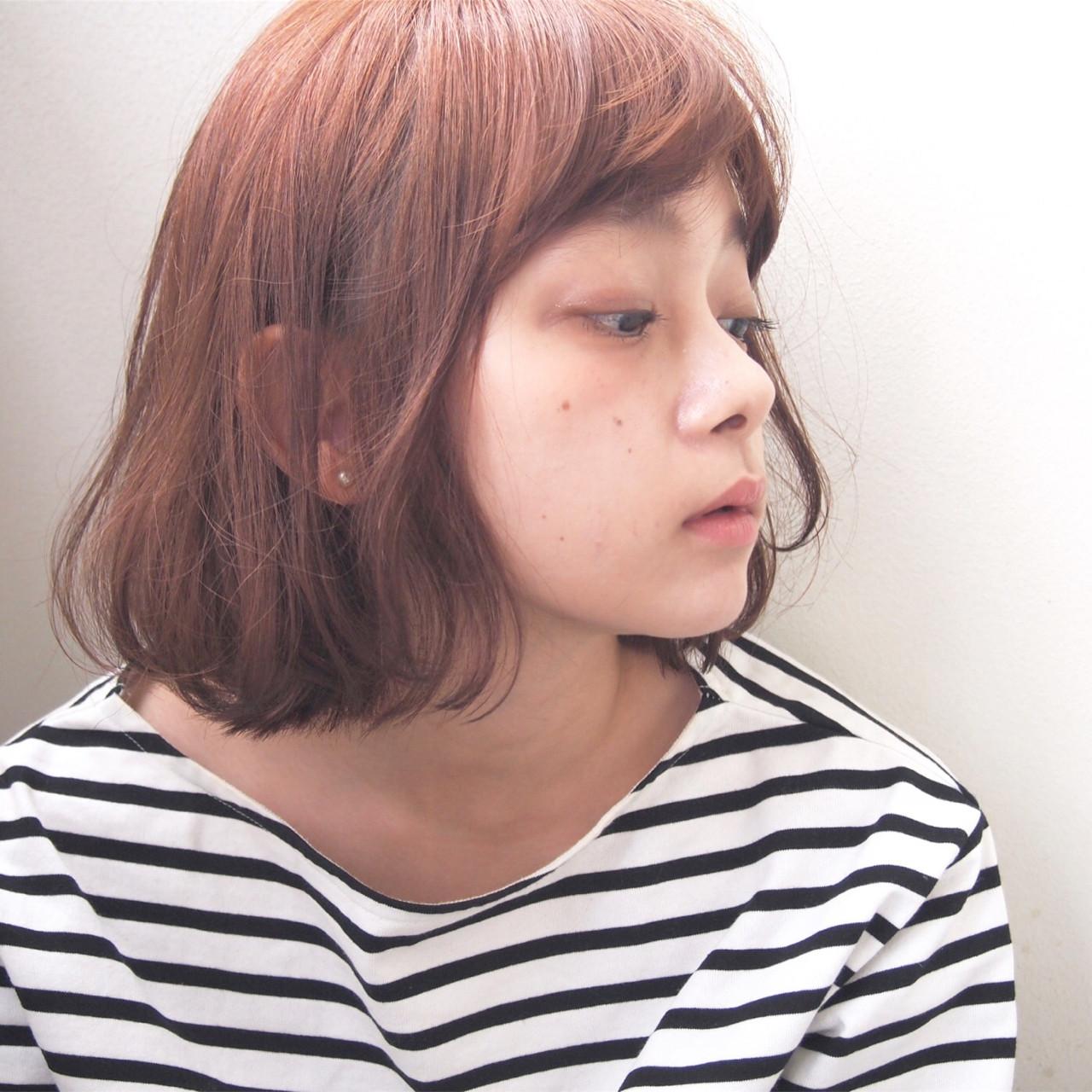 くせ毛風 ウェーブ 秋 透明感 ヘアスタイルや髪型の写真・画像