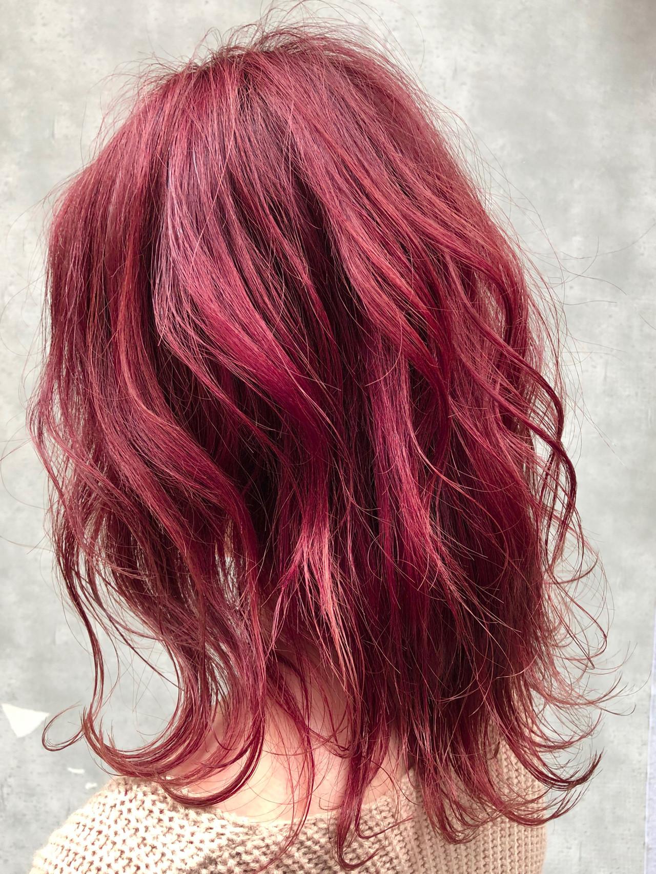 ミディアム 派手髪 ナチュラル 簡単ヘアアレンジ ヘアスタイルや髪型の写真・画像