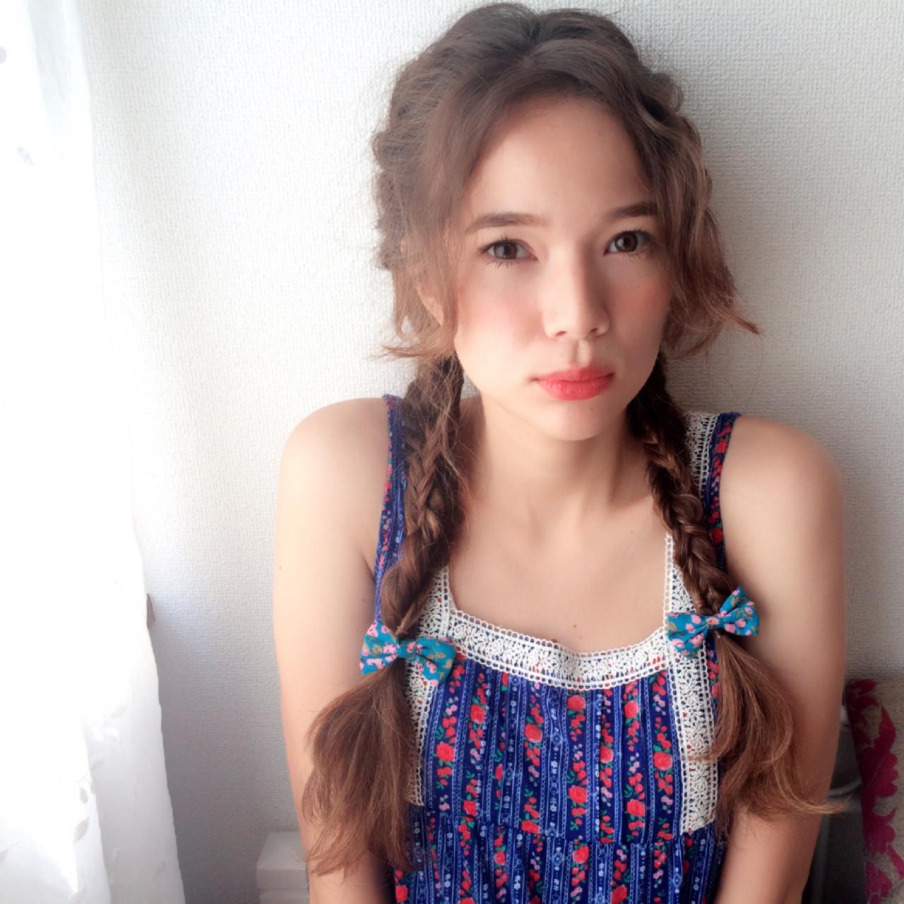 透明感 簡単ヘアアレンジ フェミニン 外国人風 ヘアスタイルや髪型の写真・画像