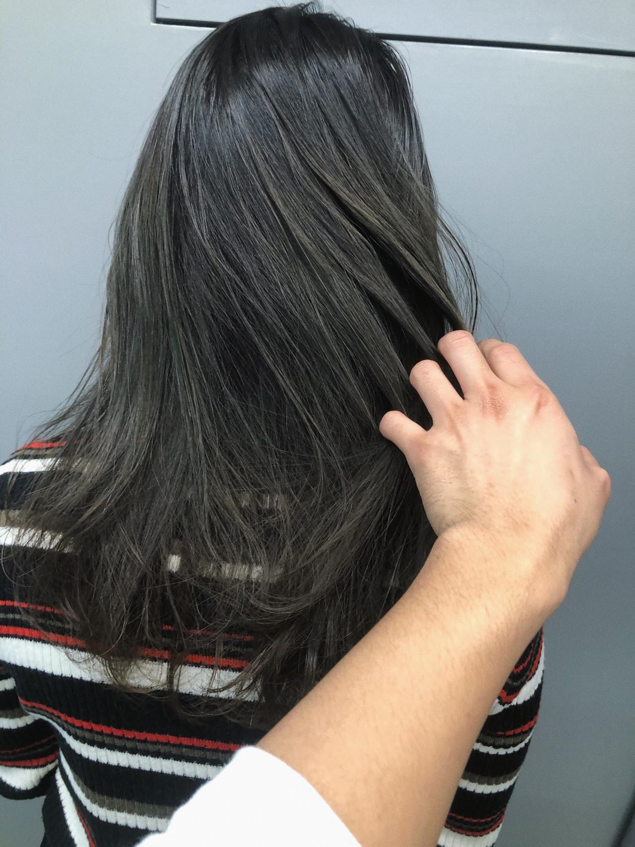 ブルージュ アッシュグラデーション 暗髪 ナチュラル ヘアスタイルや髪型の写真・画像 | koki / LAND