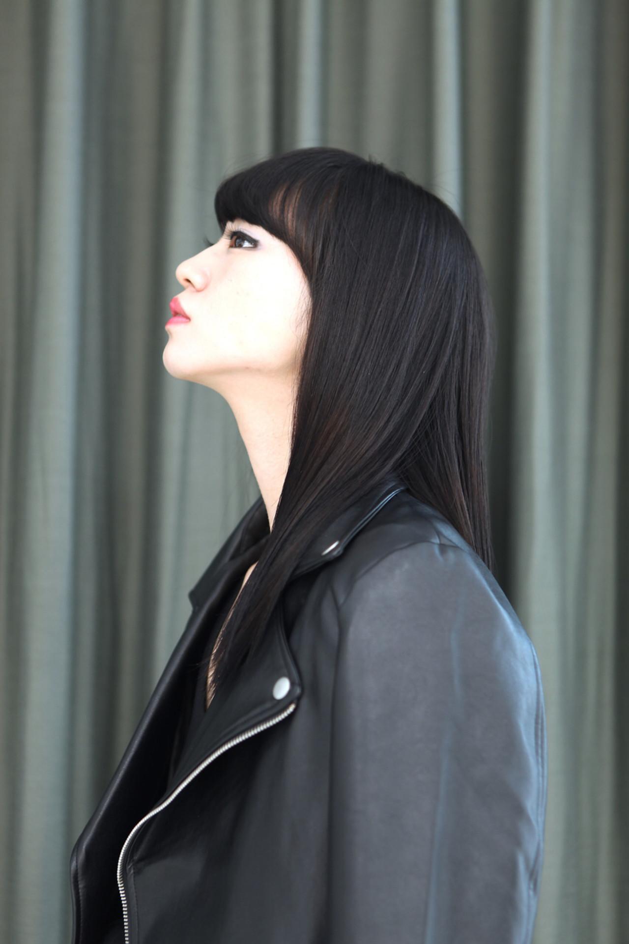 黒髪 ストレート モード 暗髪 ヘアスタイルや髪型の写真・画像