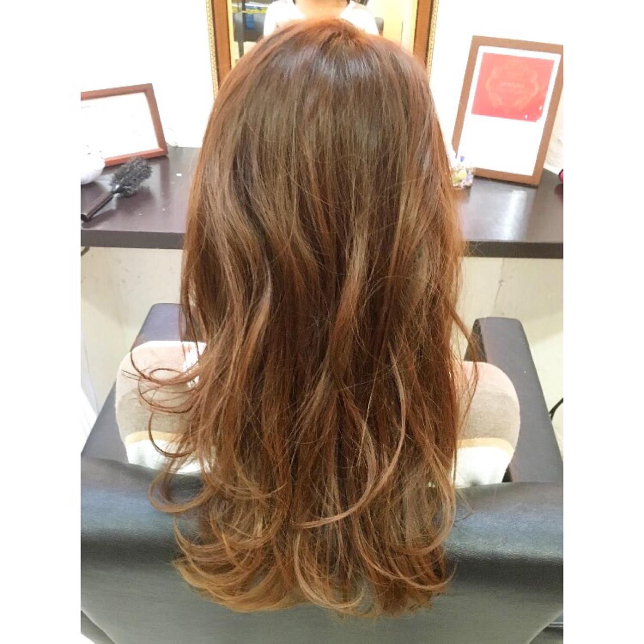 ロング ピンク ハイライト ガーリー ヘアスタイルや髪型の写真・画像