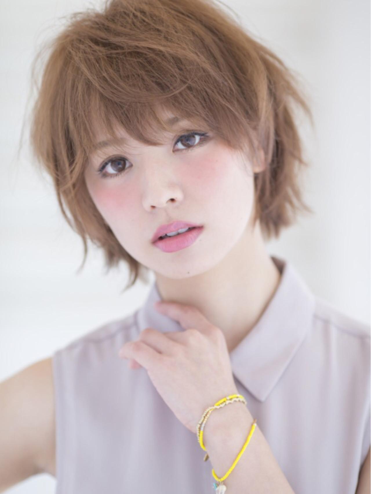 夏 イルミナカラー ショート アッシュグレージュ ヘアスタイルや髪型の写真・画像   藤城 吉晃 / glad NATURAL HAIR