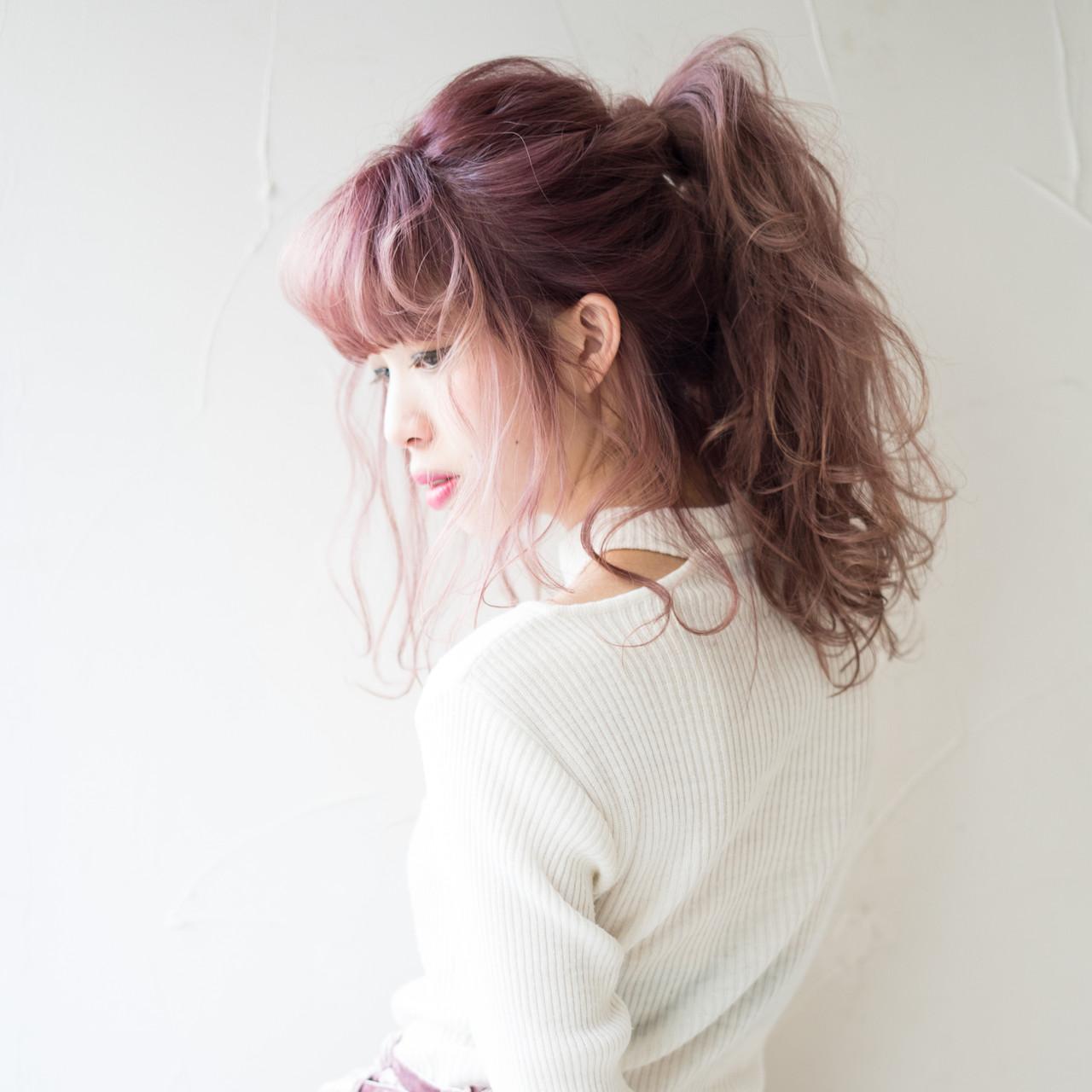 ポニーテール ピンク ヘアアレンジ 簡単ヘアアレンジ ヘアスタイルや髪型の写真・画像