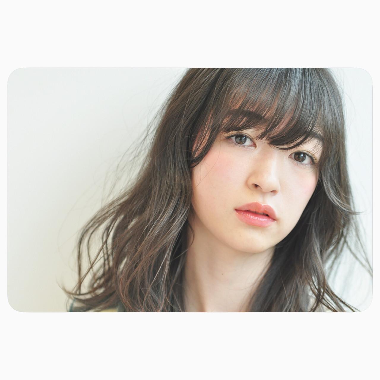 セミロング ナチュラル リラックス 女子会 ヘアスタイルや髪型の写真・画像 | Nari46 / tricca DAIKANYAMA