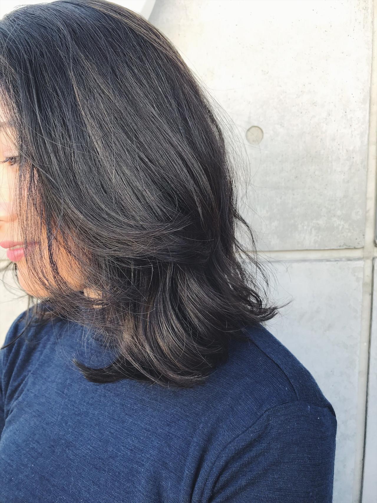 バレイヤージュ 外国人風 エレガント グレージュ ヘアスタイルや髪型の写真・画像   西山 晃広 / フリーランス