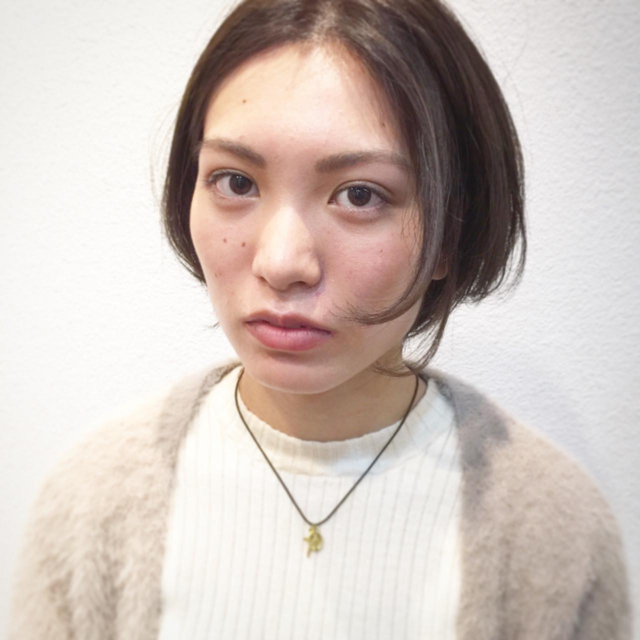 ショートボブ ハイライト センターパート ナチュラル ヘアスタイルや髪型の写真・画像 | 市川 和宏 / TSUKURU  (つくる)