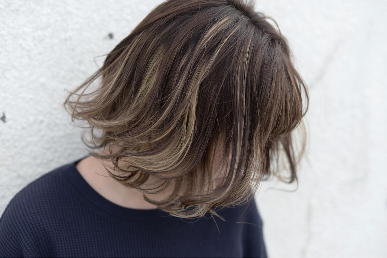 ストリート ハイライト ミディアム ゆるふわ ヘアスタイルや髪型の写真・画像