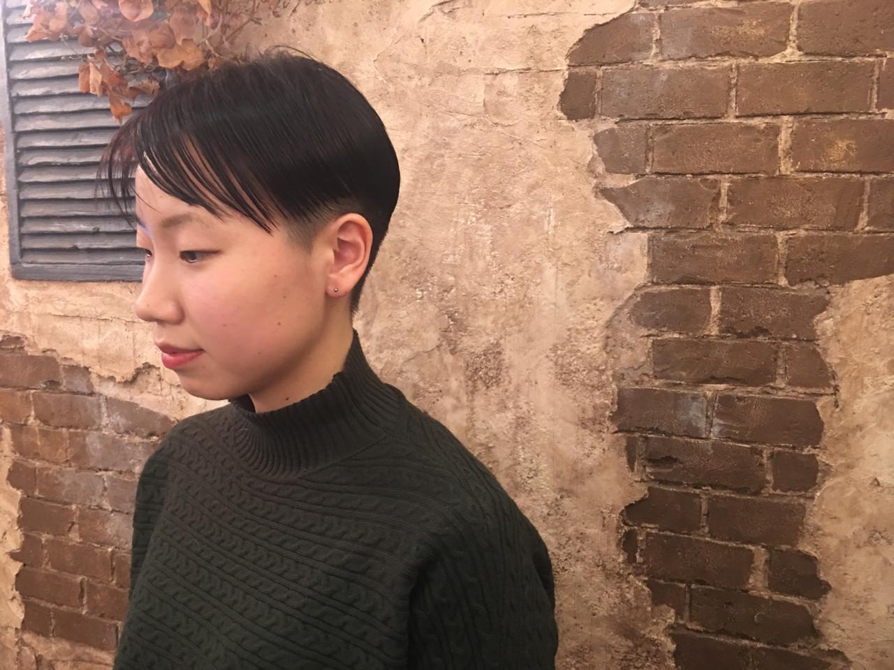 小顔 ショート モード ベリーショート ヘアスタイルや髪型の写真・画像 | nico / magiy hair 下北沢