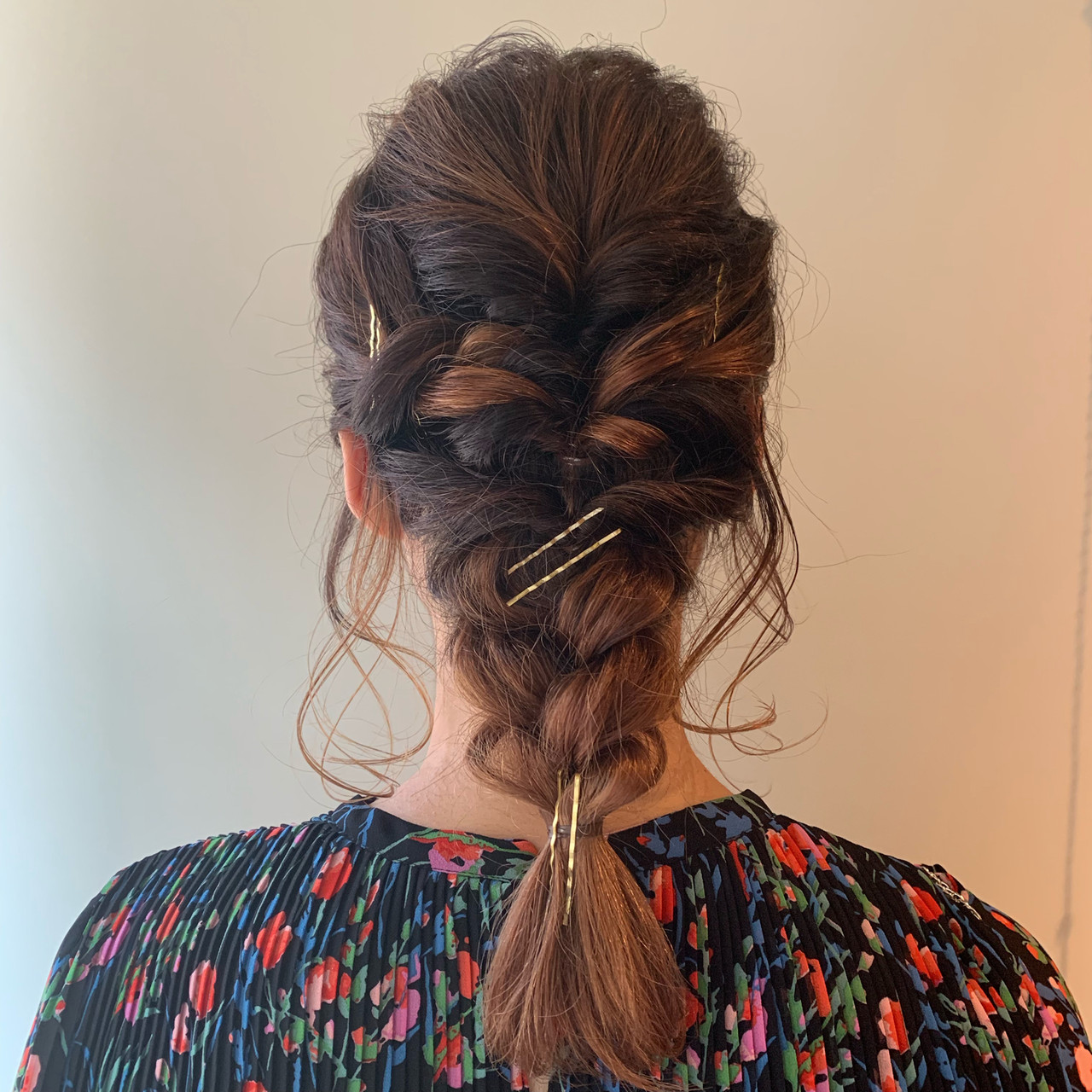 フェミニン ミディアム ヘアセット ヘアアレンジ ヘアスタイルや髪型の写真・画像 | 谷川 健太 / ROVERSI