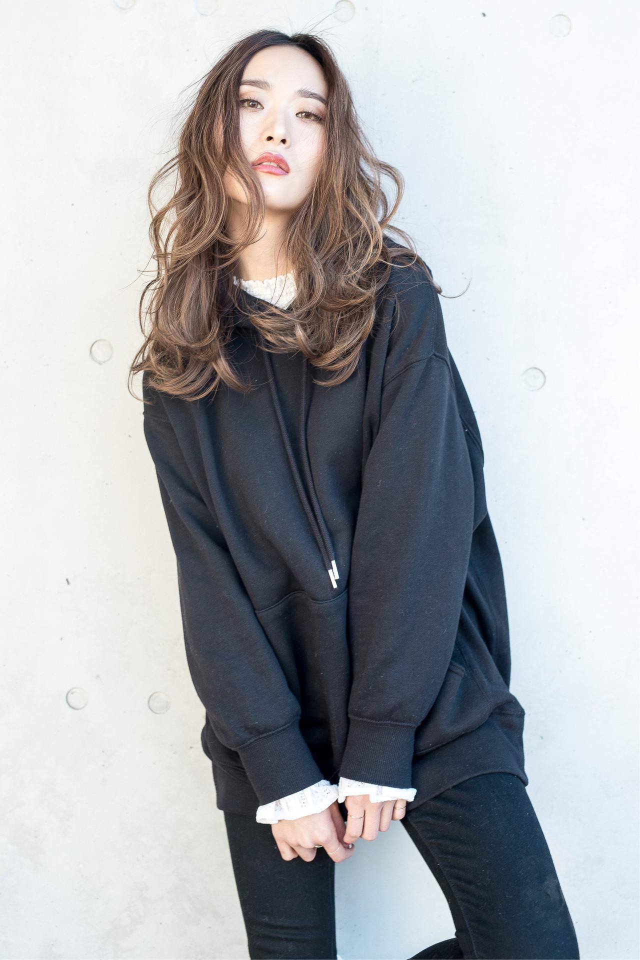 透け感アッシュ 大人女子 セミロング アンニュイほつれヘア ヘアスタイルや髪型の写真・画像 | Fringe 染谷正 / Fringe Hair Salon