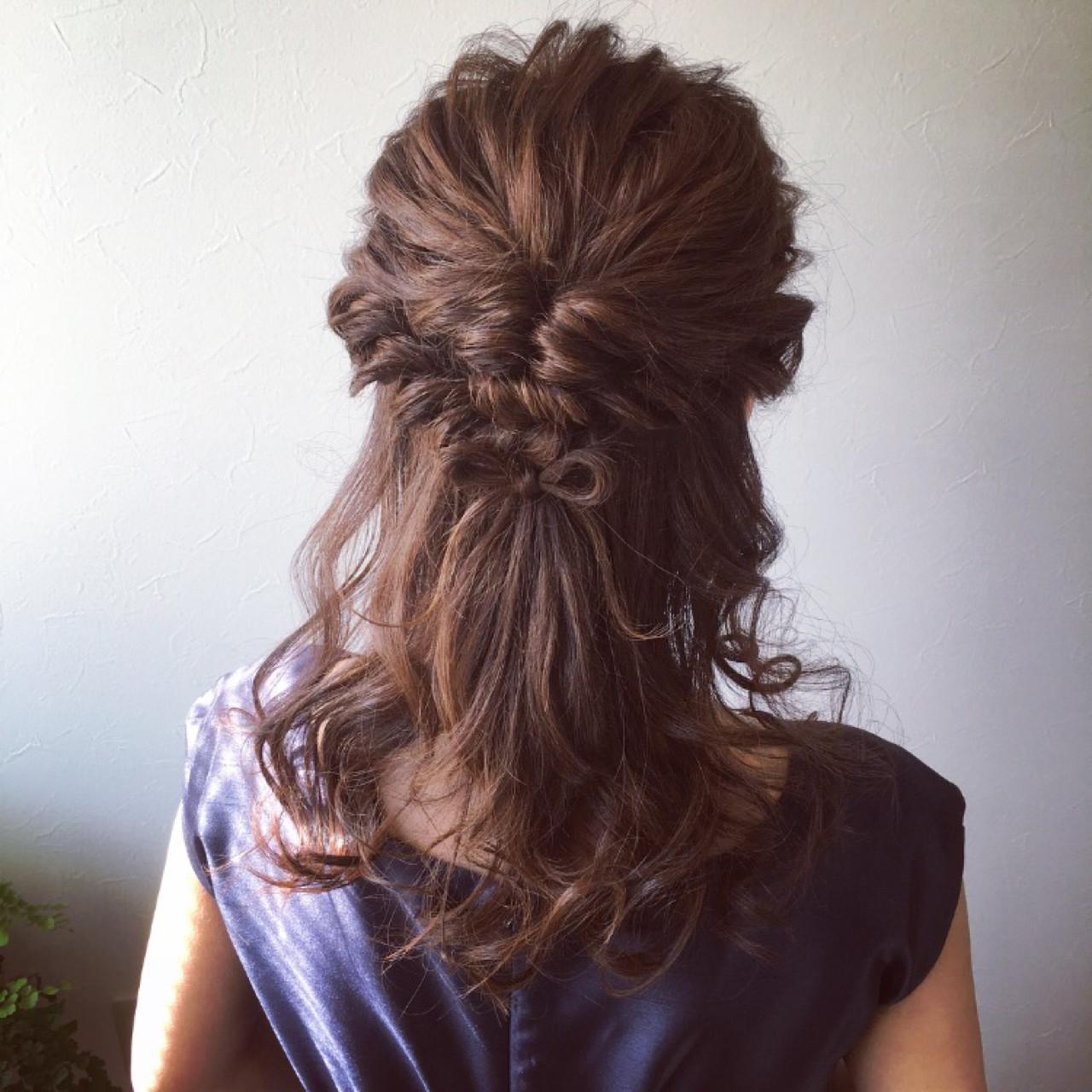 ロング フェミニン 簡単ヘアアレンジ 結婚式 ヘアスタイルや髪型の写真・画像