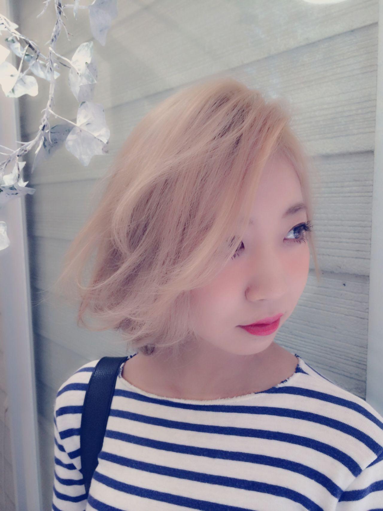 かき上げ前髪 ゆるふわ 愛され モテ髪 ヘアスタイルや髪型の写真・画像 | 小山 圭介/U-REALM / U-REALM