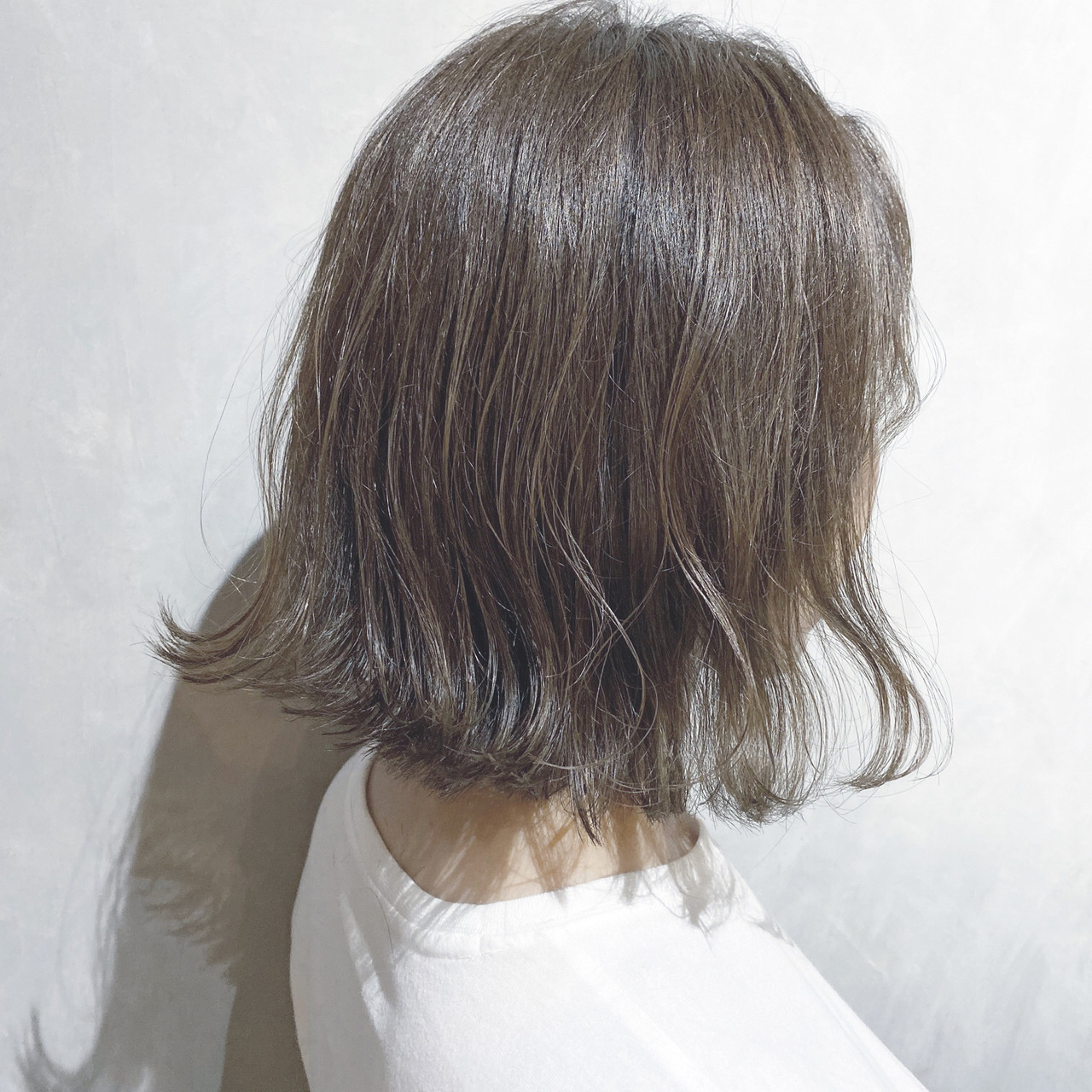 ウルフカット 切りっぱなしボブ ナチュラル ショートボブ ヘアスタイルや髪型の写真・画像   犬島麻姫子 / オルチャンヘアスタイルおまかせください