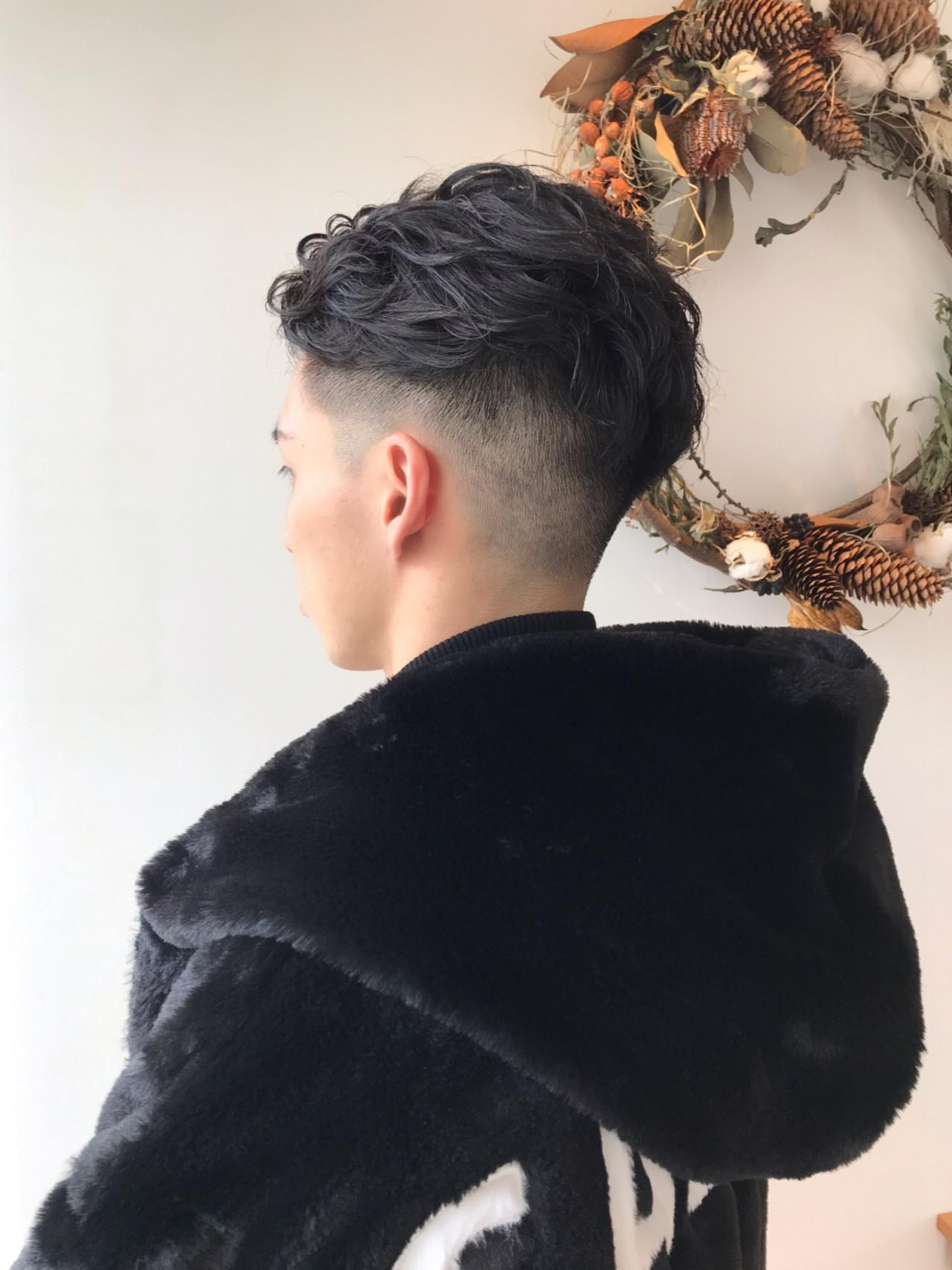 アウトドア メンズヘア メンズパーマ ストリート ヘアスタイルや髪型の写真・画像