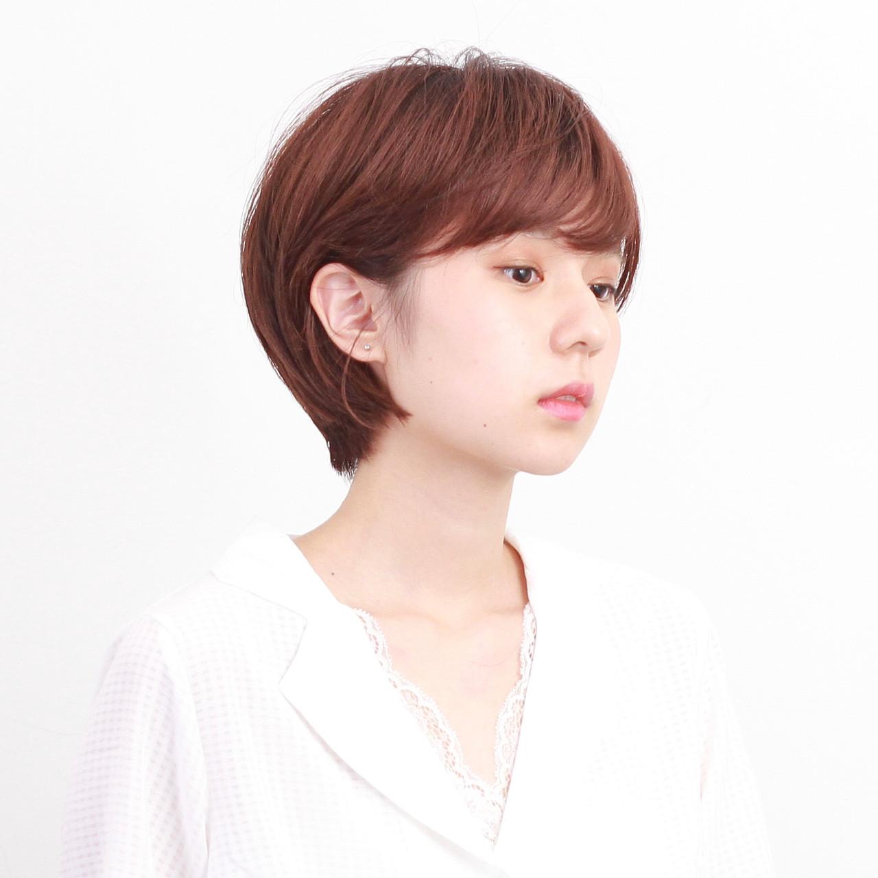 マッシュショート ショートボブ 簡単ヘアアレンジ アンニュイほつれヘア ヘアスタイルや髪型の写真・画像
