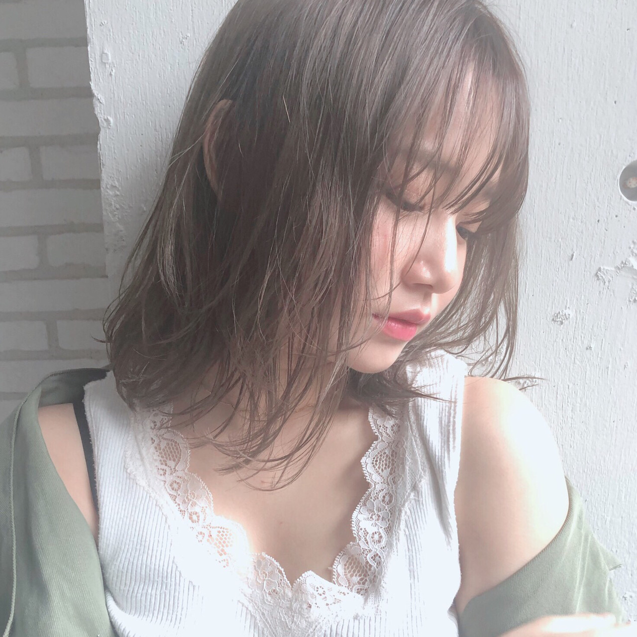 アンニュイほつれヘア デート ミディアム ヘアアレンジ ヘアスタイルや髪型の写真・画像