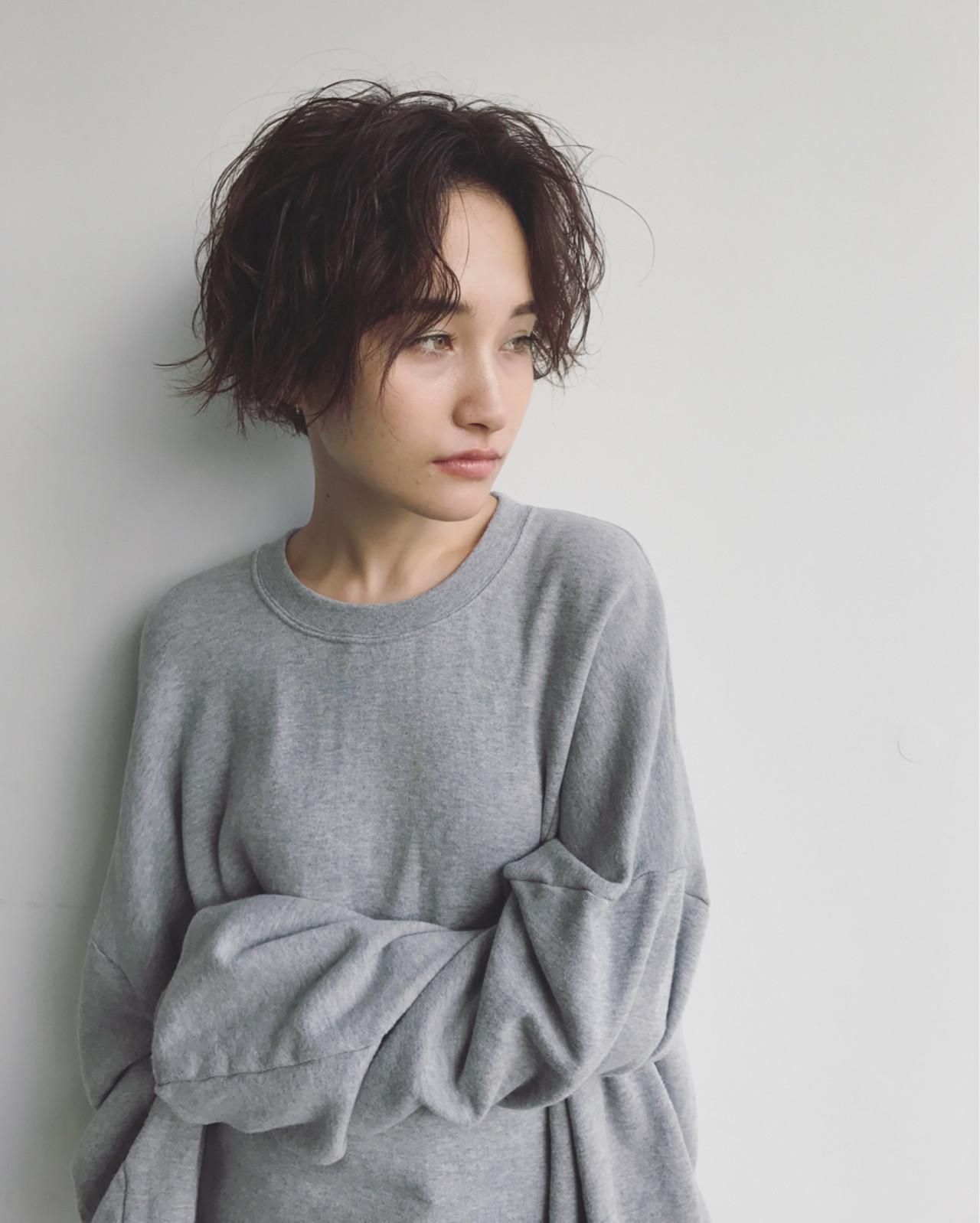 外国人風 透明感 ショート アンニュイ ヘアスタイルや髪型の写真・画像   馬橋達佳 / log