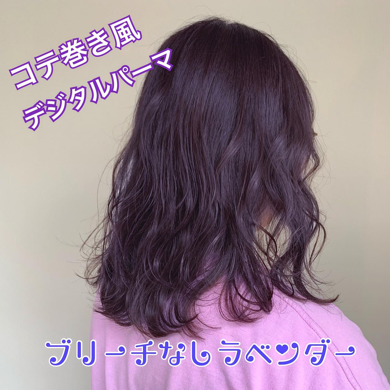フェミニン ピンクラベンダー ゆるふわパーマ ラベンダーアッシュ ヘアスタイルや髪型の写真・画像