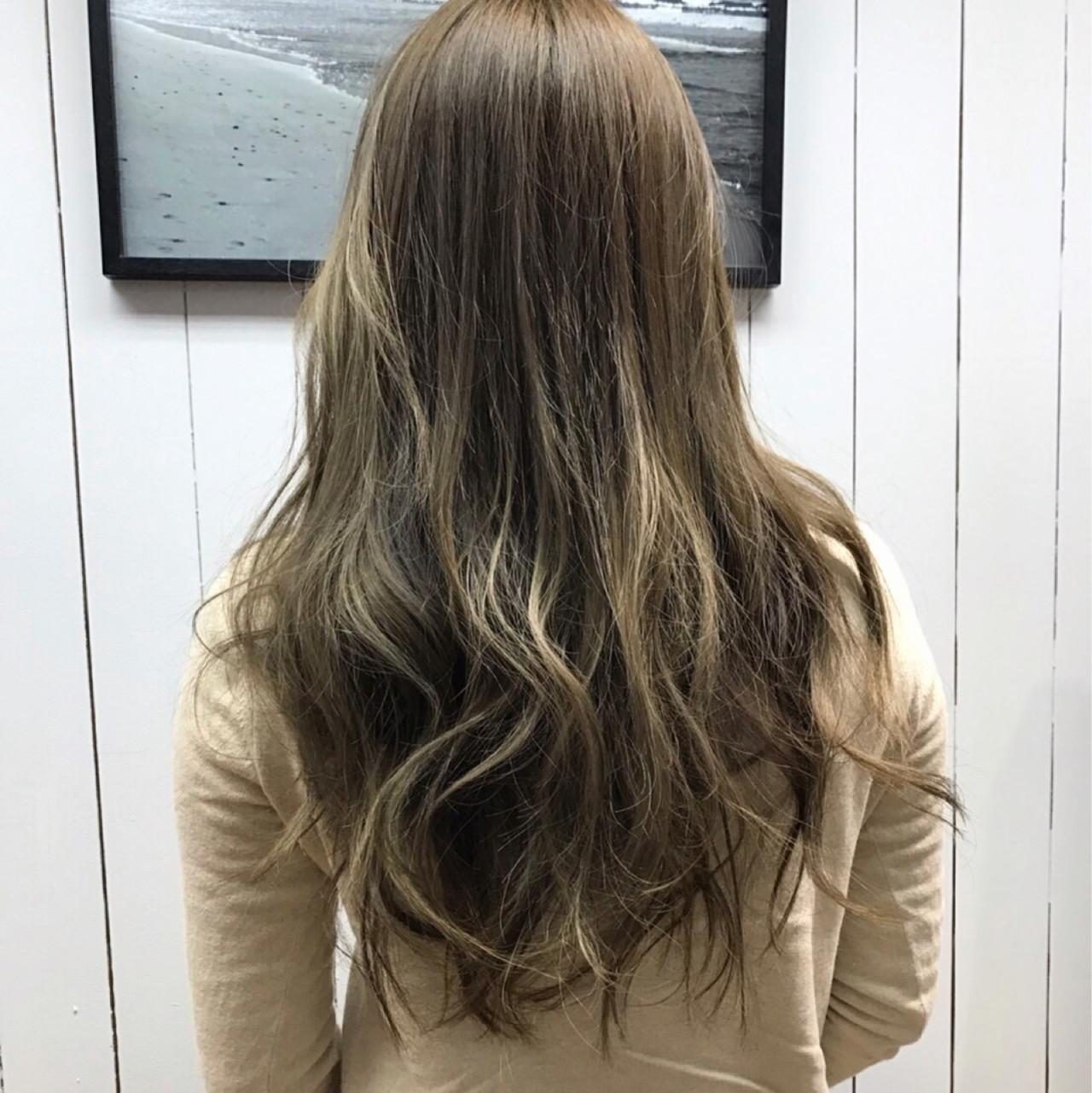 ハイライト アッシュ ニュアンス ロング ヘアスタイルや髪型の写真・画像