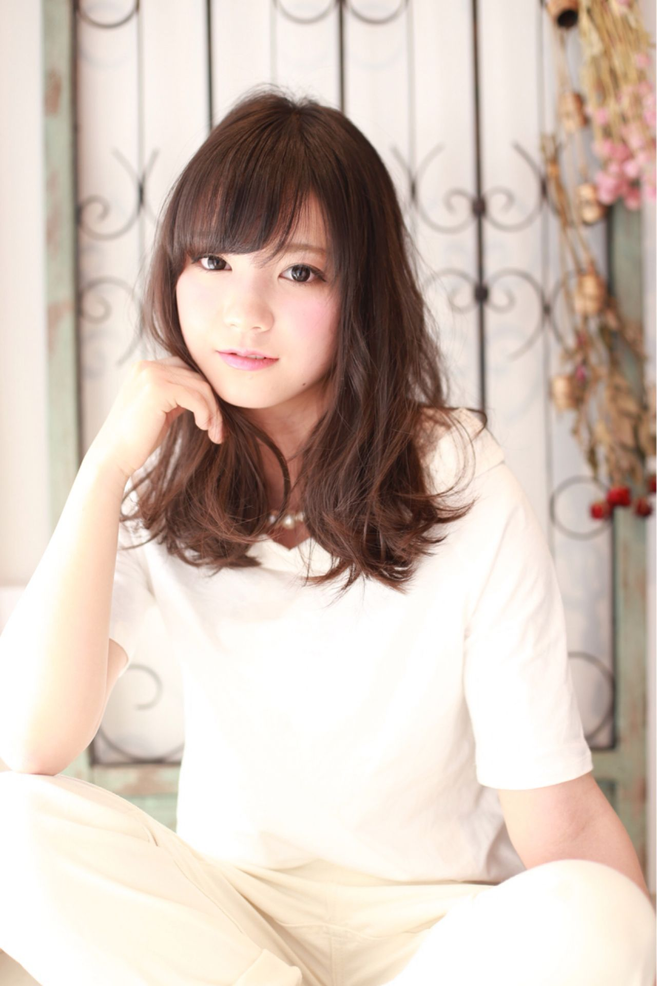 卵型 ナチュラル ゆるふわ 大人かわいい ヘアスタイルや髪型の写真・画像   池田 章悟 / Asti Un jour