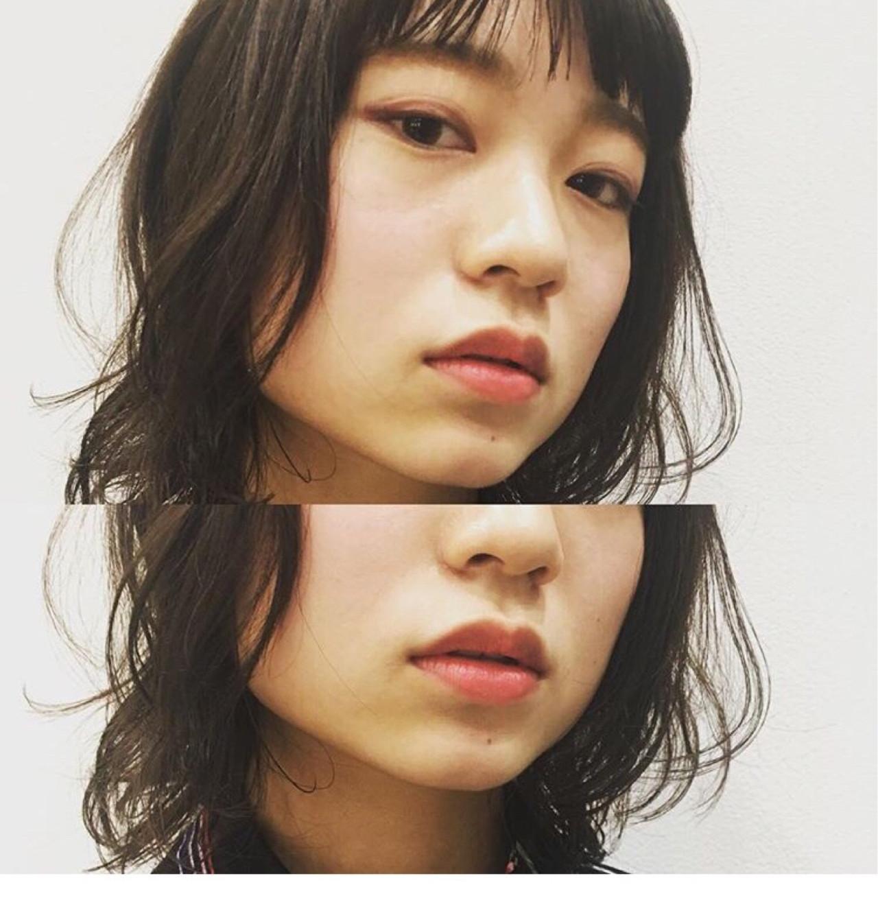 ミディアム ウェットヘア ゆるふわ フェミニン ヘアスタイルや髪型の写真・画像 | Yousuke Yamaura / vetica