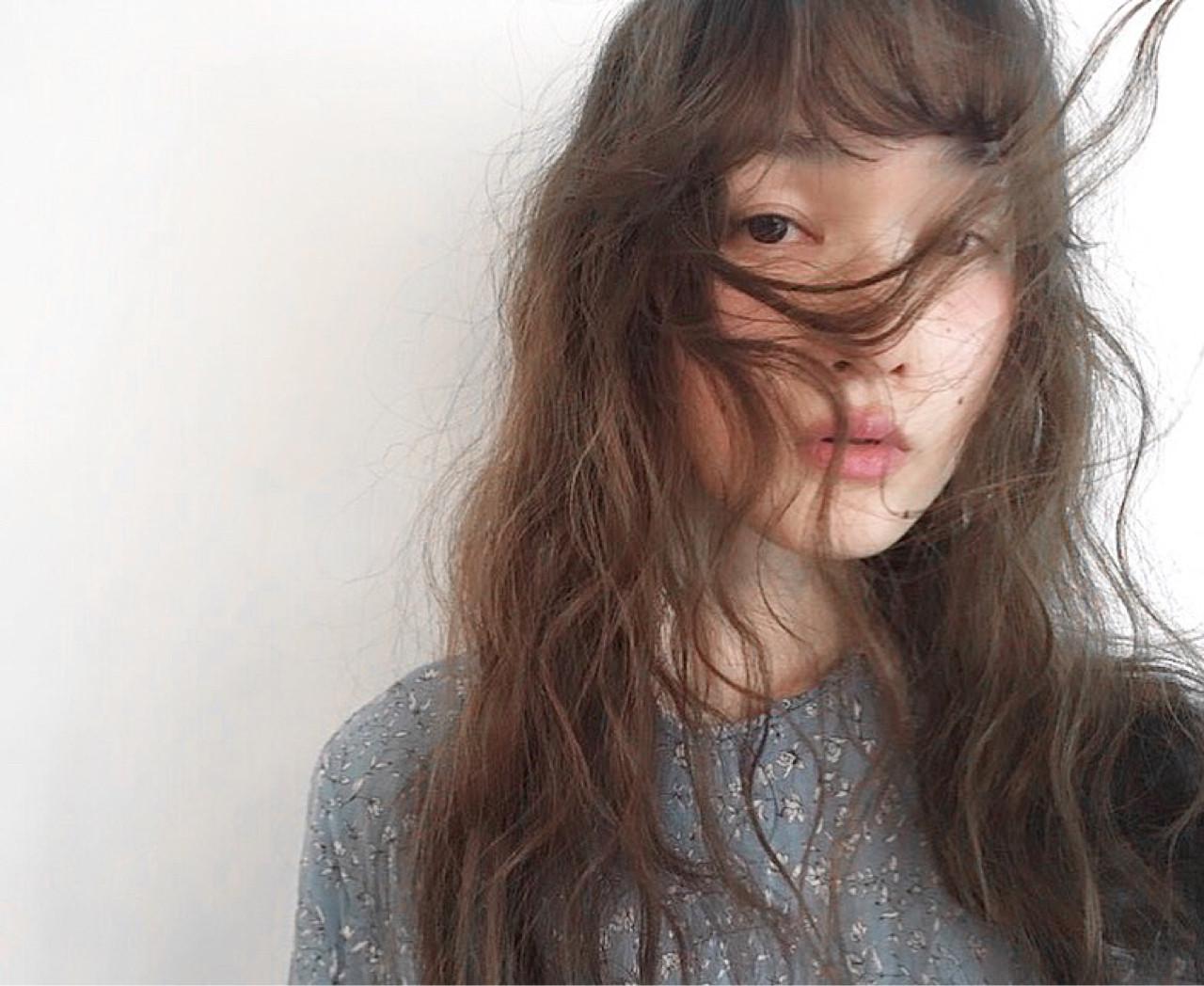 黒髪 オン眉 セミロング ロング ヘアスタイルや髪型の写真・画像