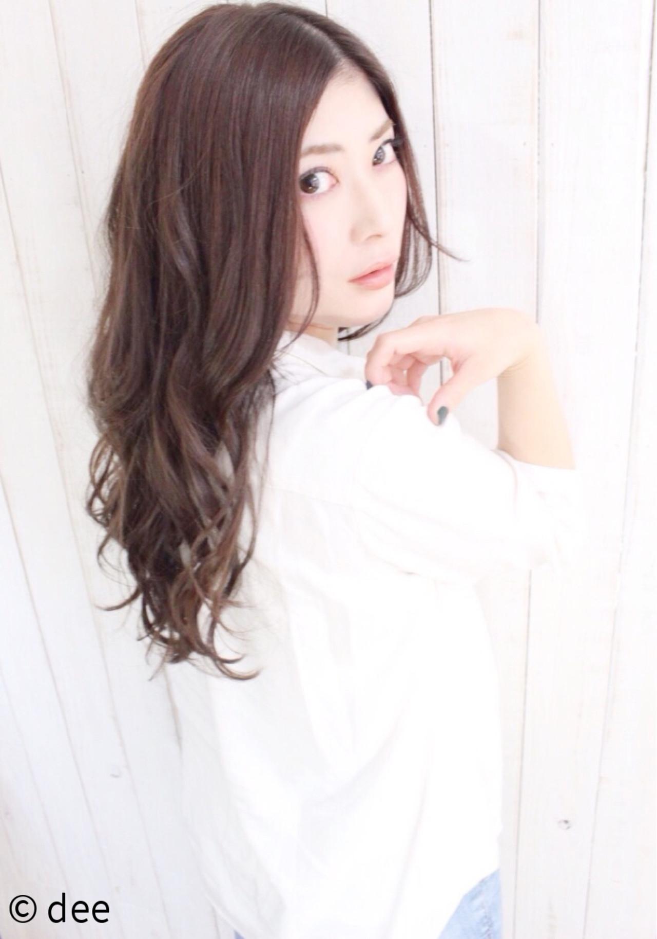 外国人風 ベージュ ラフ 涼しげ ヘアスタイルや髪型の写真・画像