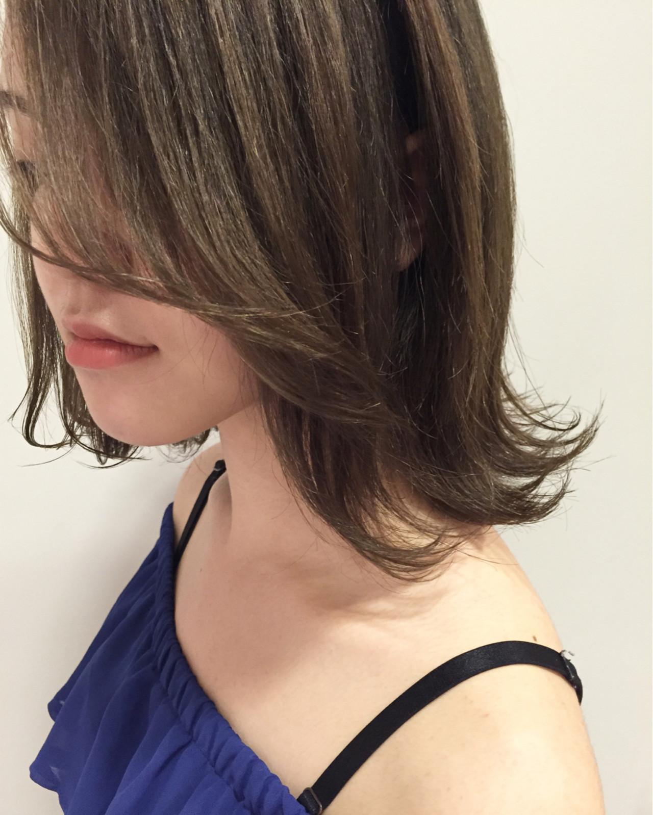 ミディアム 外ハネ グラデーションカラー くせ毛風 ヘアスタイルや髪型の写真・画像 | 佐々田 広大 / Chord【コード】