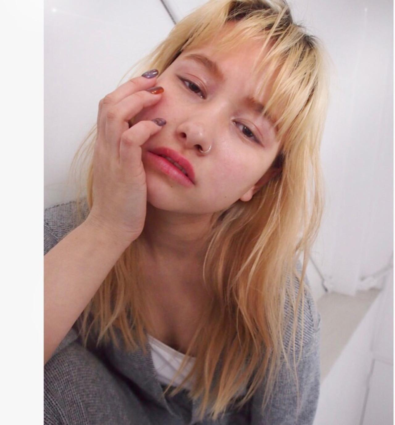 金髪 ストリート セミロング 外国人風カラー ヘアスタイルや髪型の写真・画像