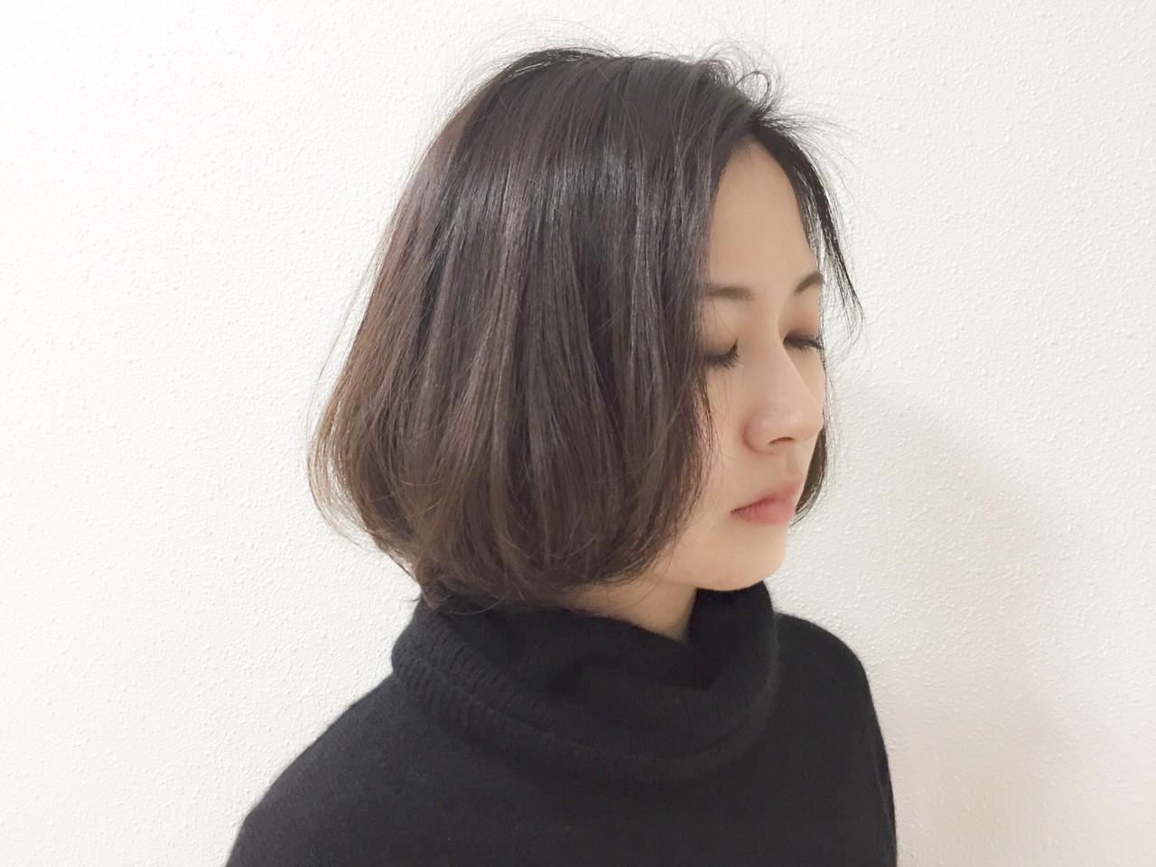 グレーアッシュ ナチュラル ボブ ブルーアッシュ ヘアスタイルや髪型の写真・画像 | Taniguchi Yukiko / IRODORI hair design