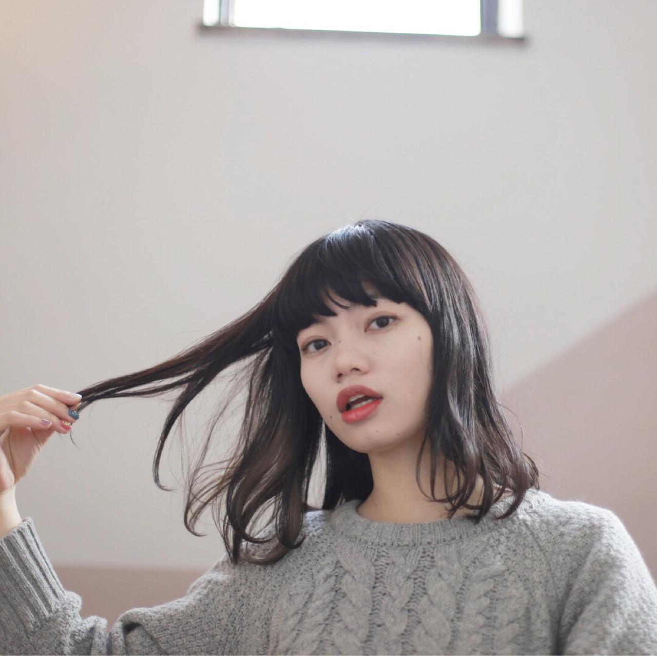 ナチュラル 黒髪 インナーカラー ワイドバング ヘアスタイルや髪型の写真・画像 | 井上 拓耶 / know hair studio