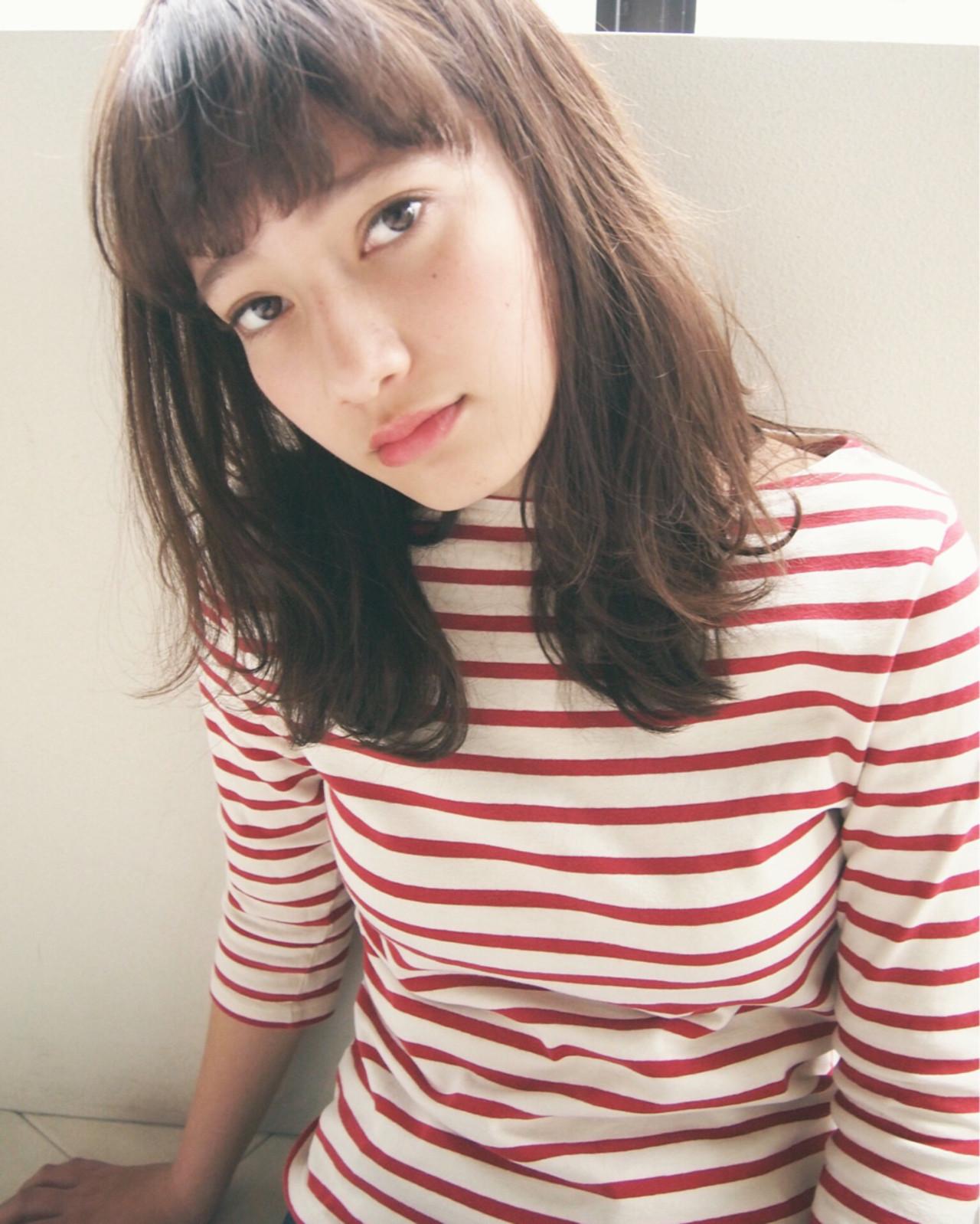 大人かわいい 外国人風 ナチュラル セミロング ヘアスタイルや髪型の写真・画像   UEKI/nanuk / nanuk二子玉川