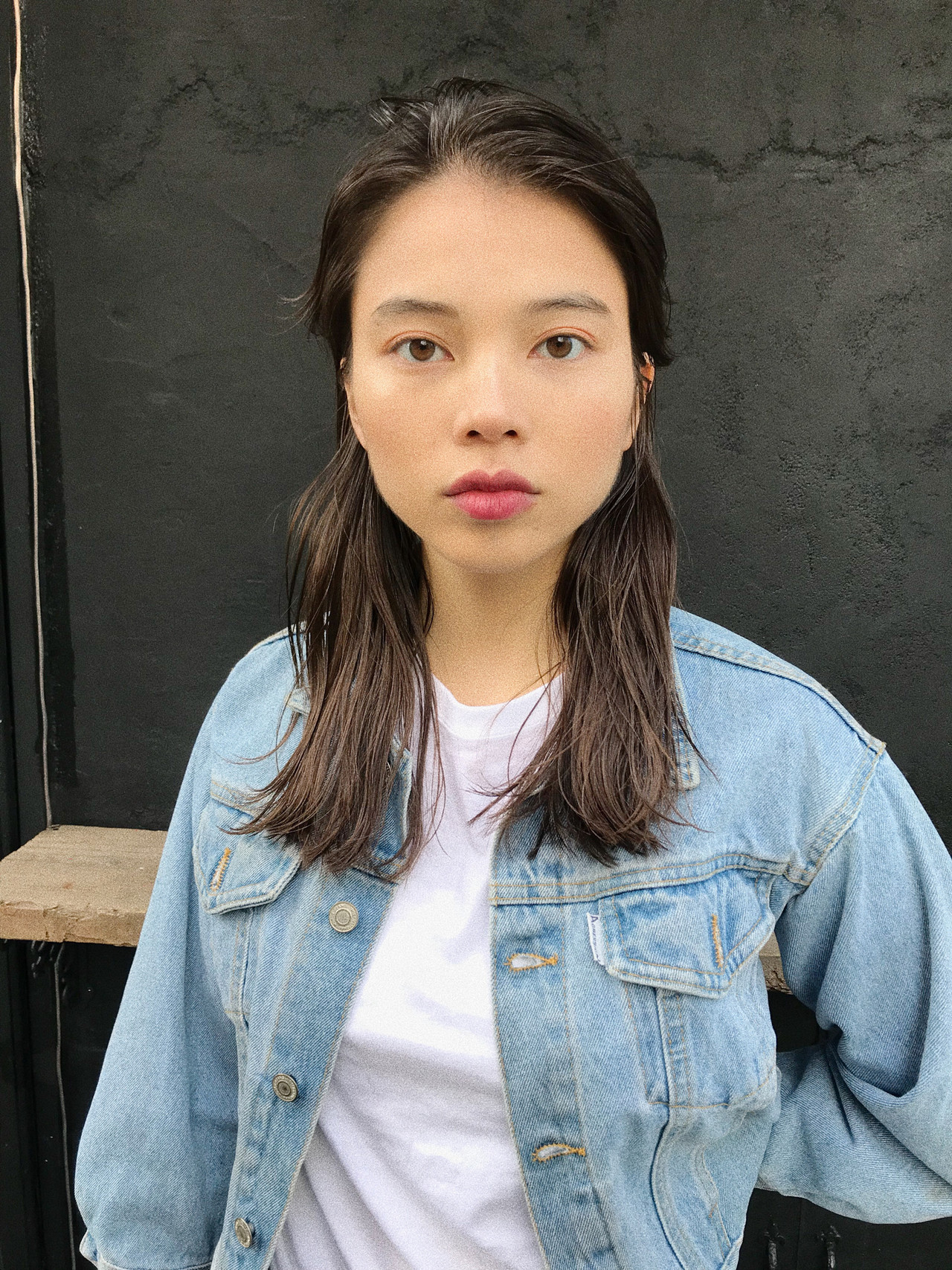 アンニュイほつれヘア カジュアル 抜け感 ナチュラル ヘアスタイルや髪型の写真・画像