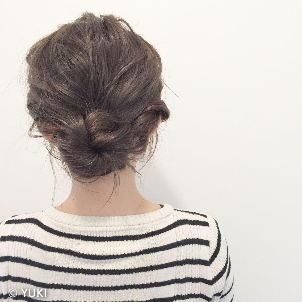 ツイスト ミディアム ゆるふわ 波ウェーブ ヘアスタイルや髪型の写真・画像
