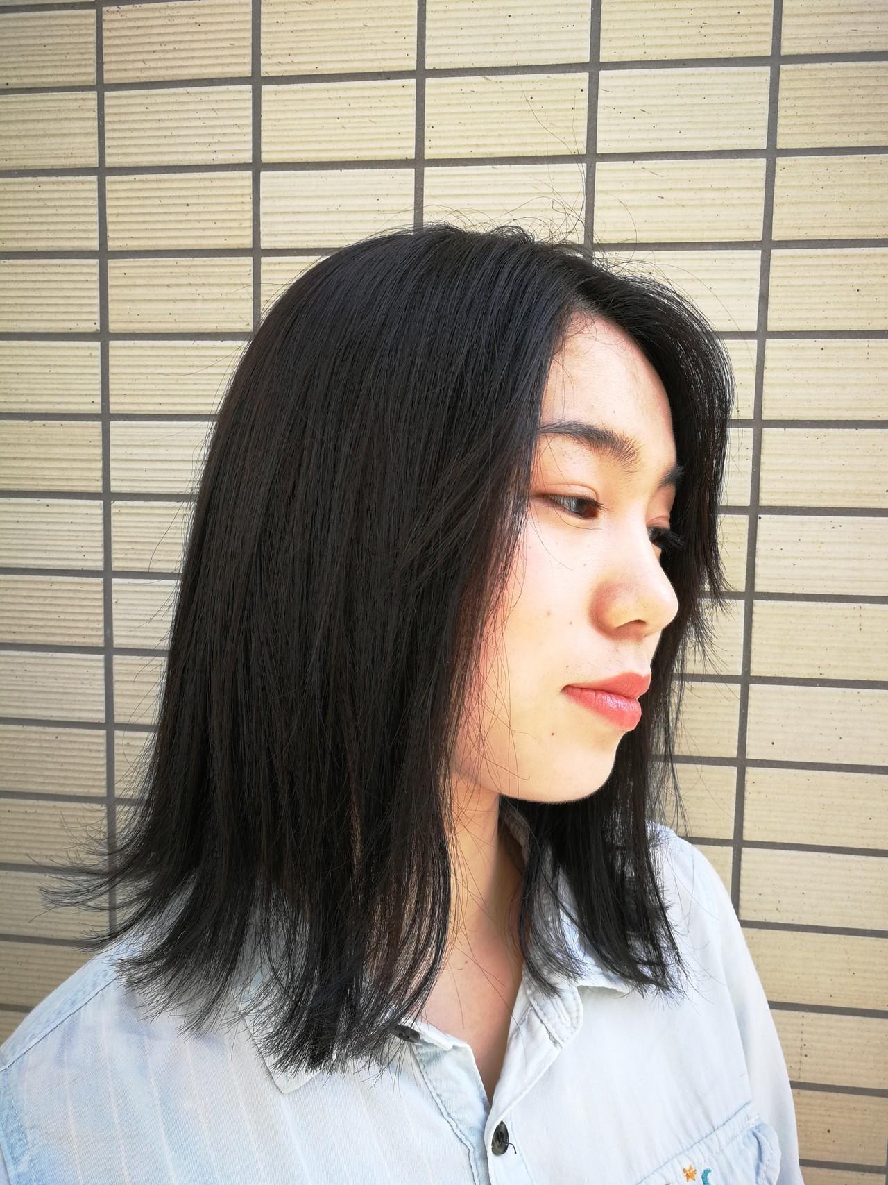 スモーキーカラー ナチュラル ヘアカラー ミディアム ヘアスタイルや髪型の写真・画像 | Saori Kastuki / Holic_beauty_salon