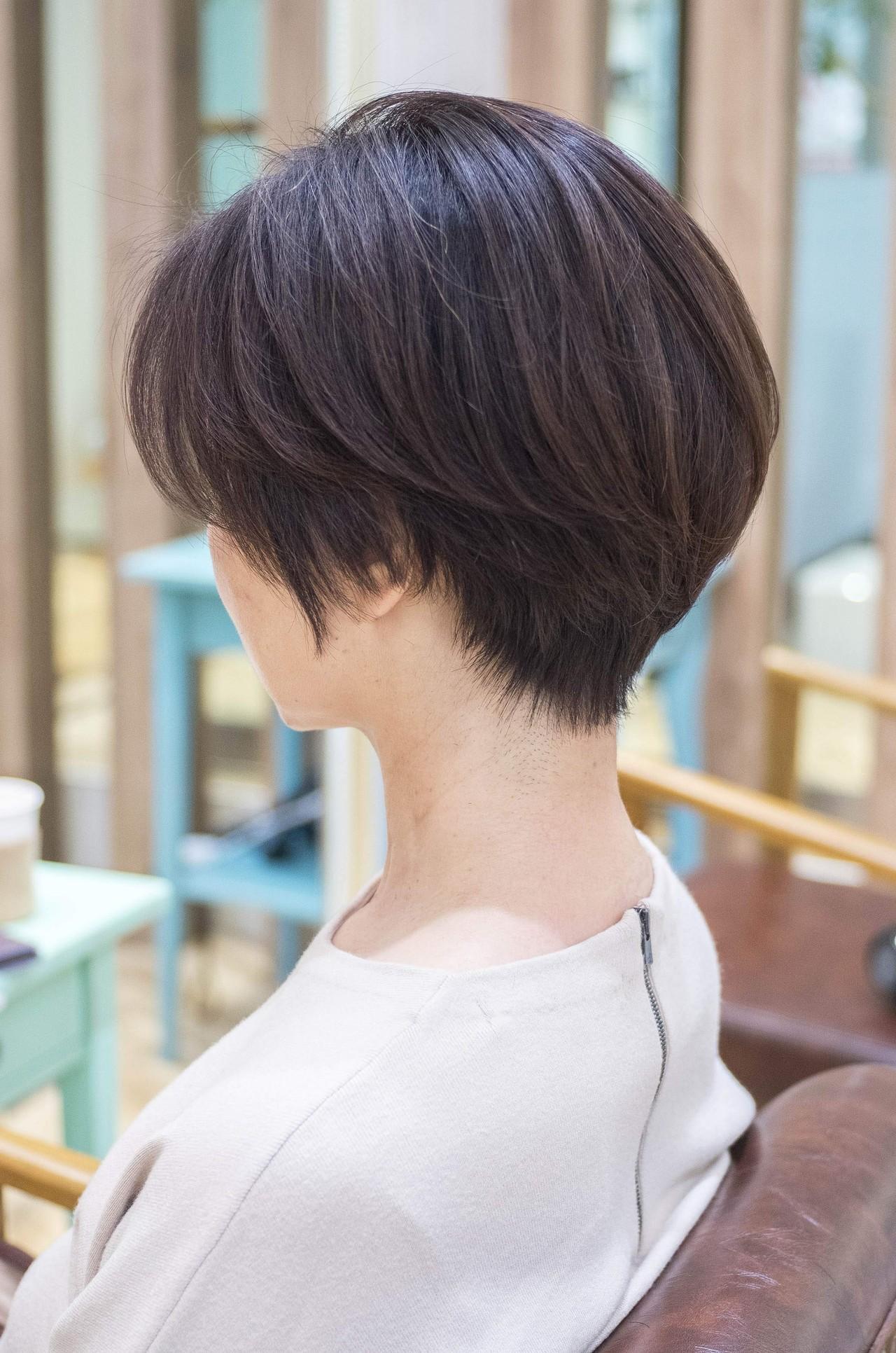 前下がり ナチュラル ショートボブ 大人かわいい ヘアスタイルや髪型の写真・画像 | 荒巻 充 / トライベッカ浦和店