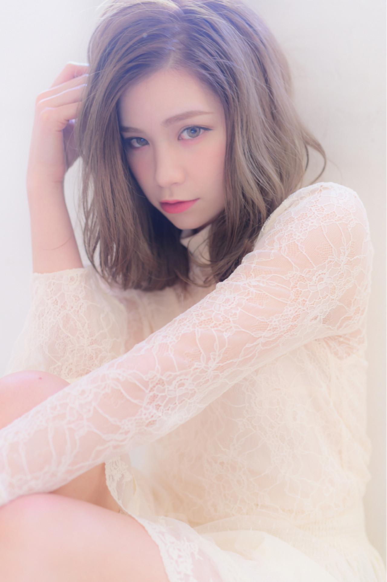 色気 フェミニン ミディアム ガーリー ヘアスタイルや髪型の写真・画像 | 山口裕二 / embellir