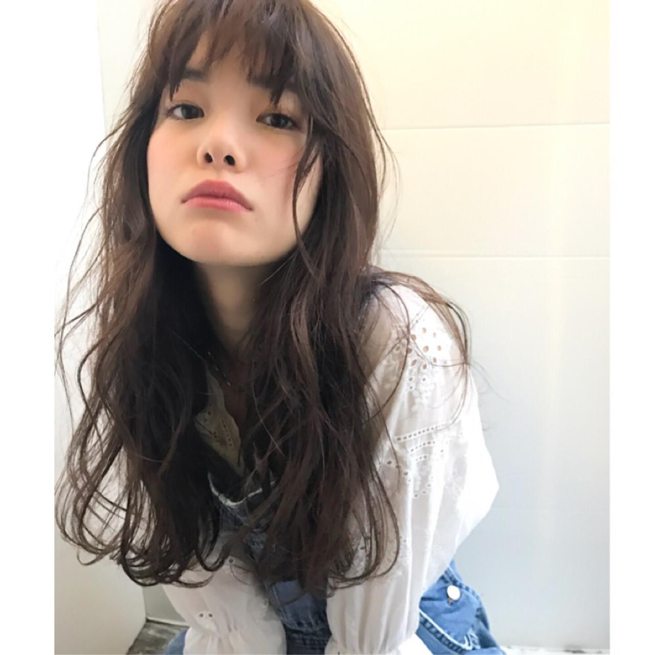 愛され ロング パーマ ゆるふわ ヘアスタイルや髪型の写真・画像   斎藤 菜穂 / log